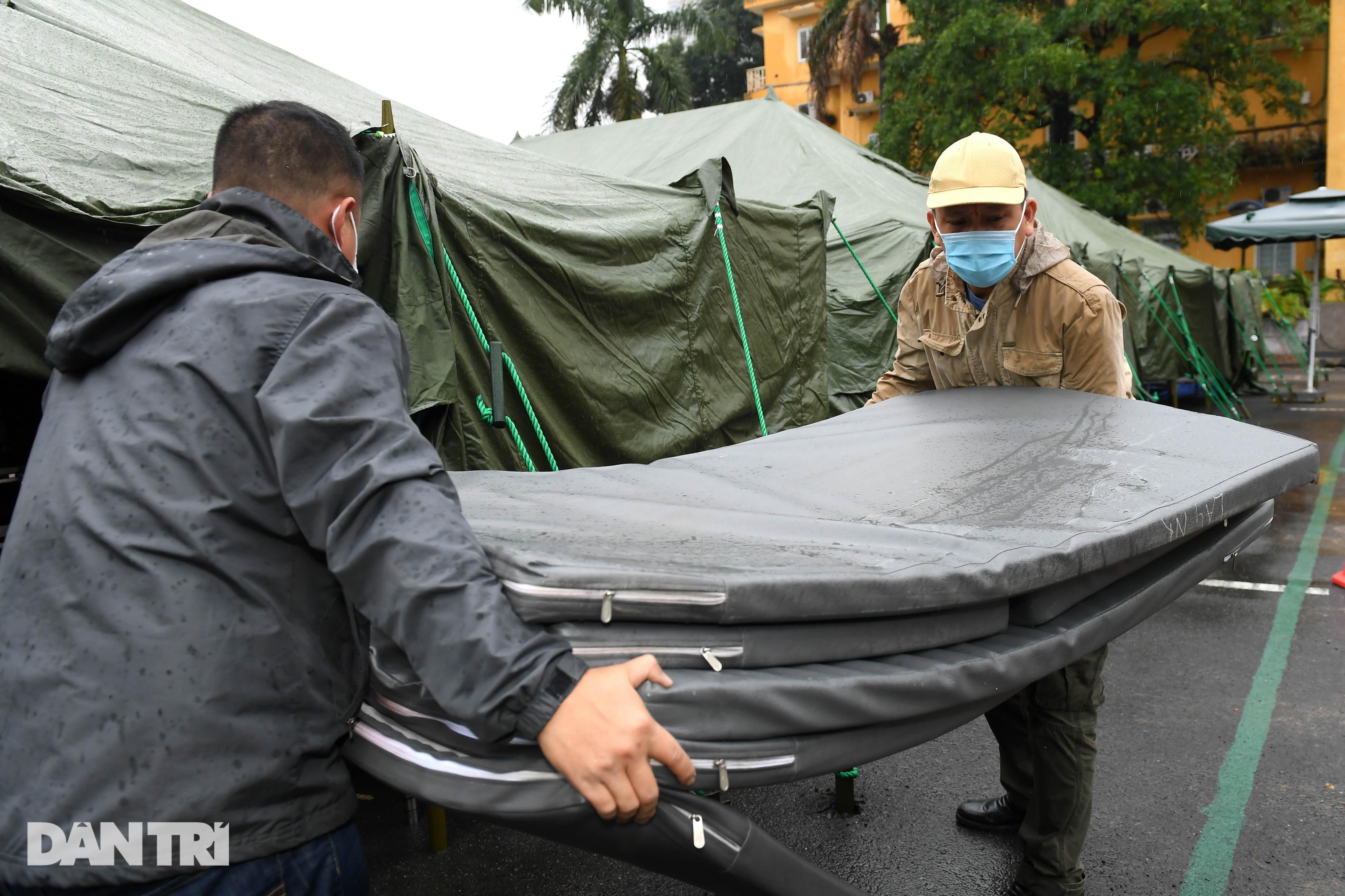 Toàn cảnh bệnh viện dã chiến Bạch Mai sẵn sàng chống dịch Covid-19 - 5