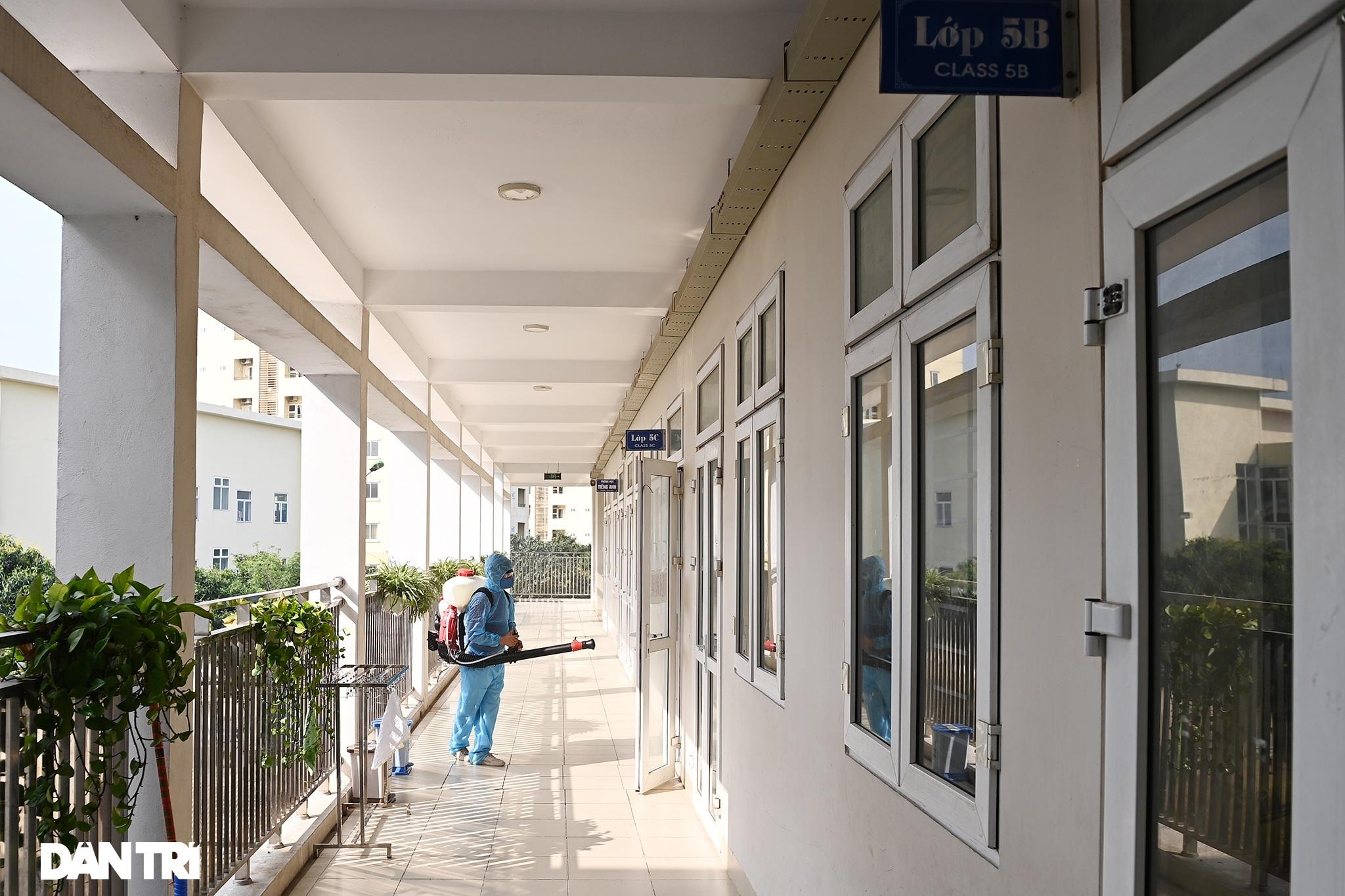 Toàn bộ người cách ly tại Tiểu học Xuân Phương được trở về nhà ăn Tết - 22