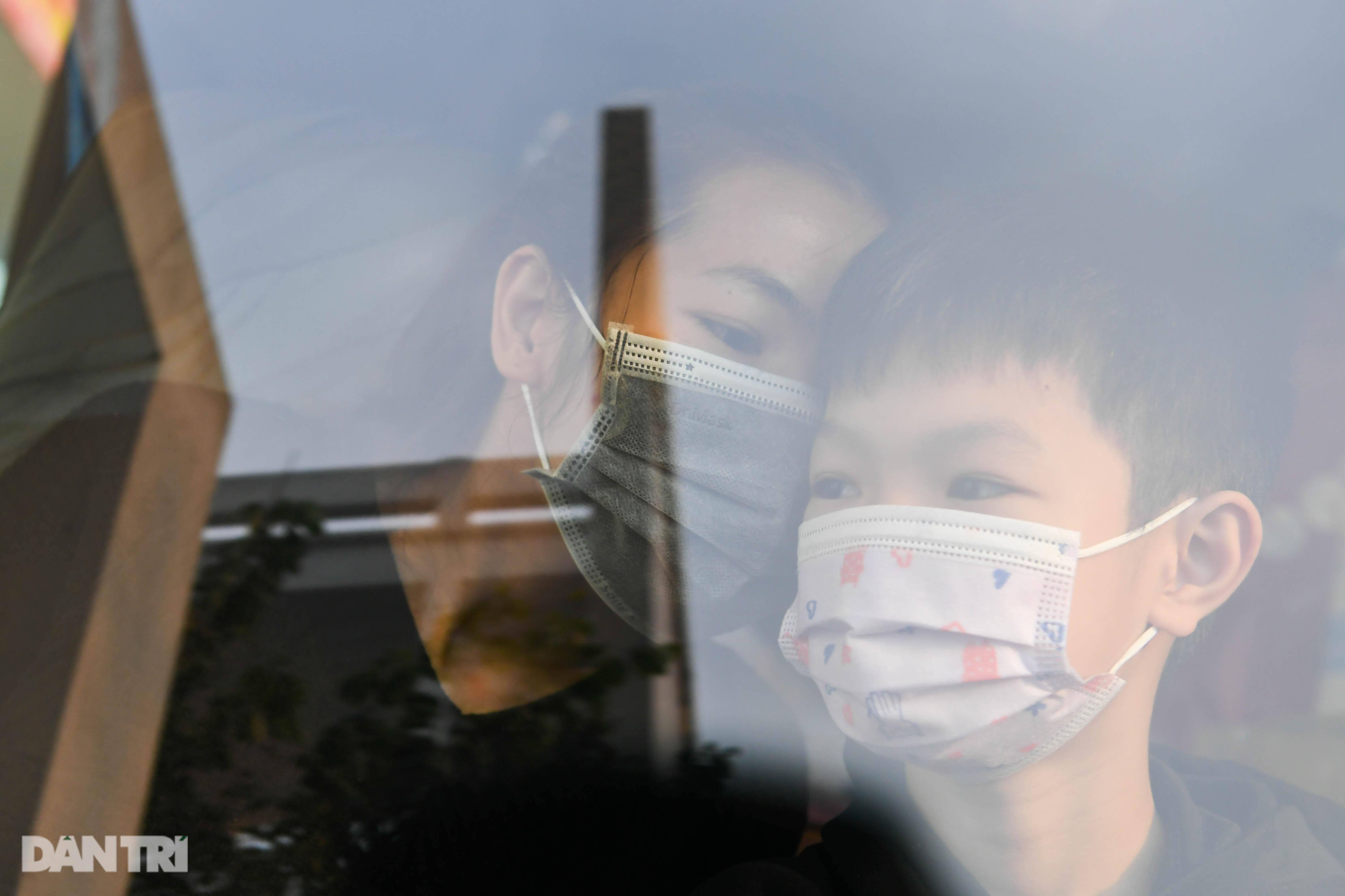 Toàn bộ người cách ly tại Tiểu học Xuân Phương được trở về nhà ăn Tết - 15