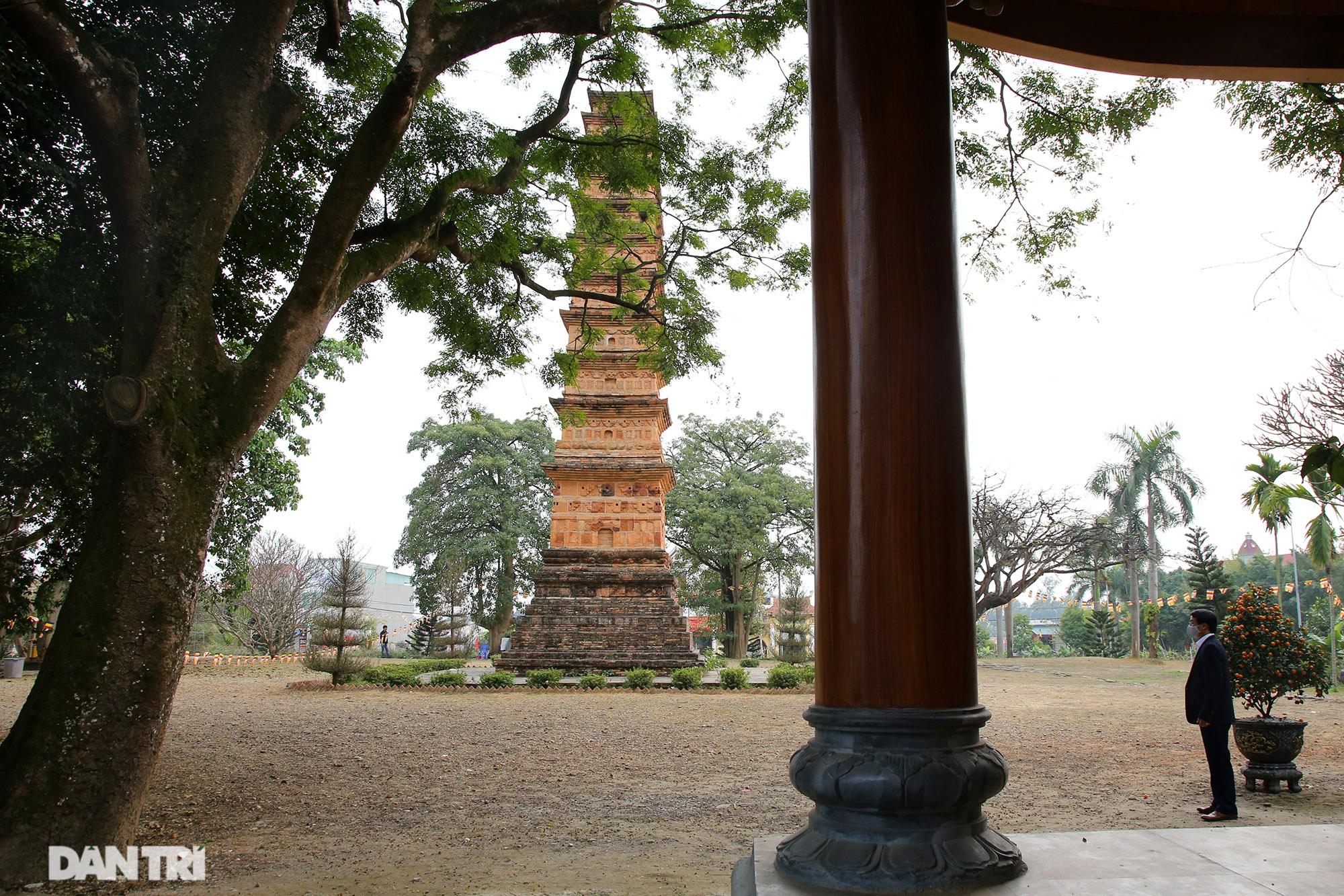Tháp đất nung cao nhất Việt Nam thời Trần còn lại đến ngày nay - 10