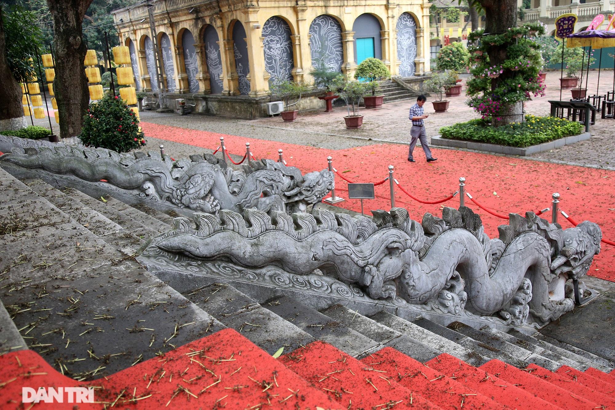 Thành bậc đá điện Kính Thiên - tuyệt tác kiến trúc điêu khắc thời Lê sơ - 5