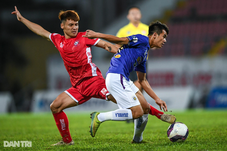 Người hùng Tấn Trường giúp CLB Hà Nội có 3 điểm đầu tiên ở V-League - 6