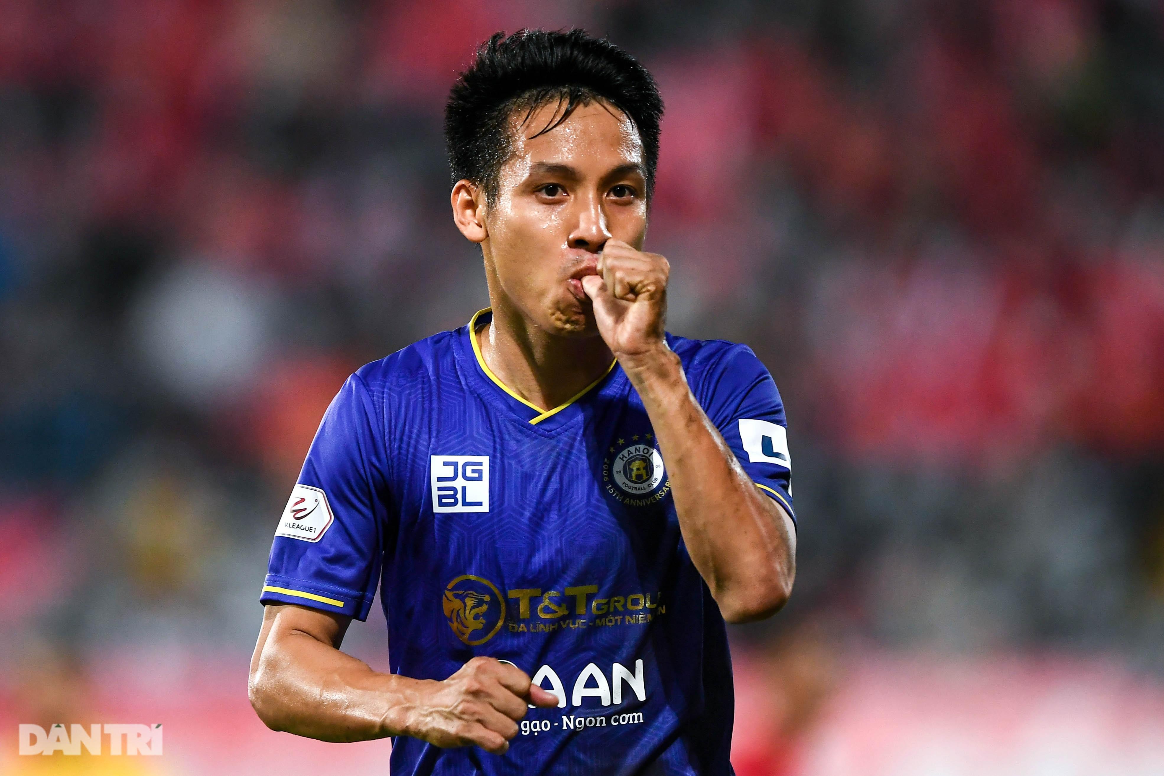 Người hùng Tấn Trường giúp CLB Hà Nội có 3 điểm đầu tiên ở V-League - 13
