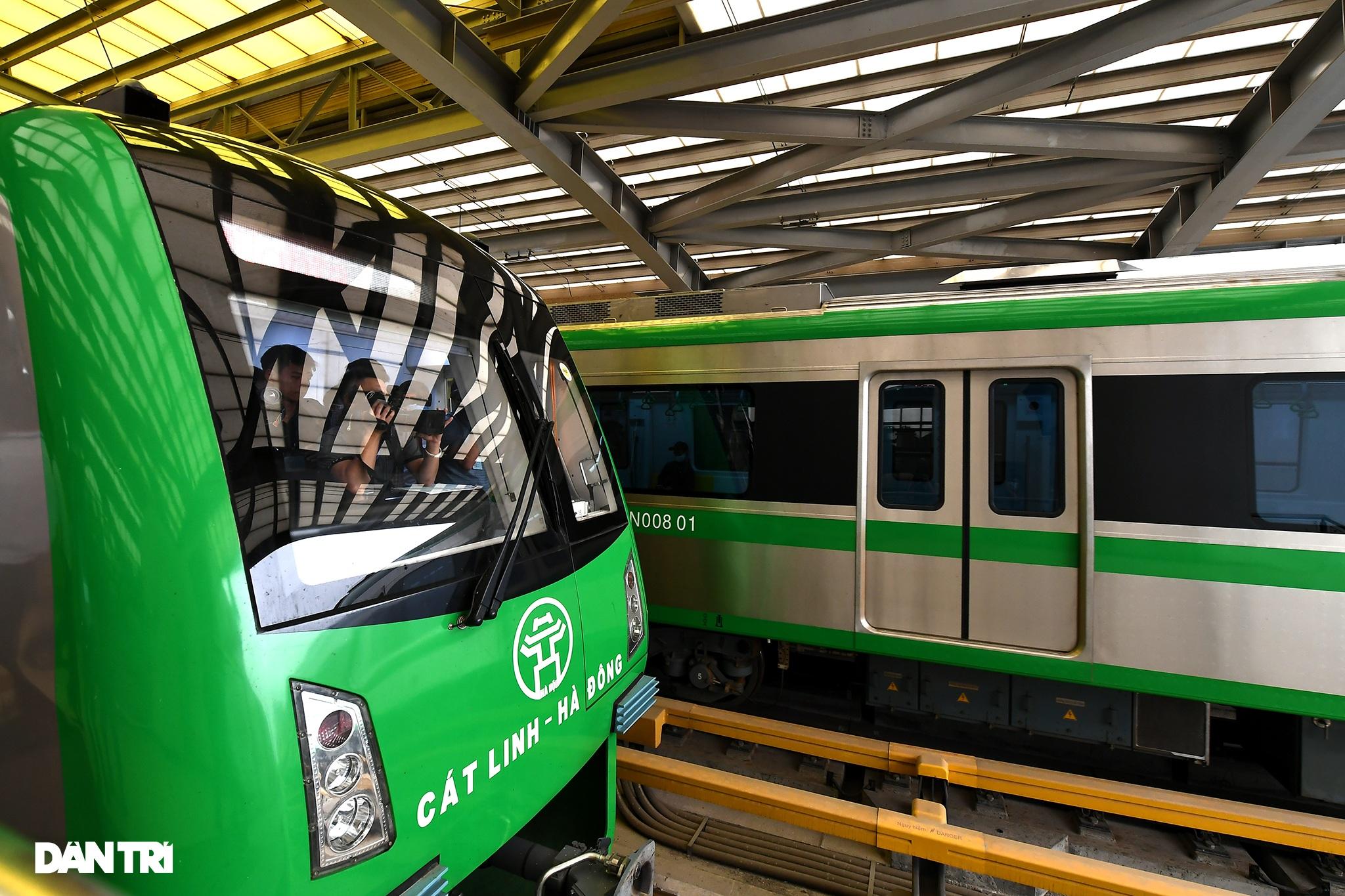 Toàn cảnh đường sắt Cát Linh - Hà Đông trong ngày chuyển giao đầu tiên - 2