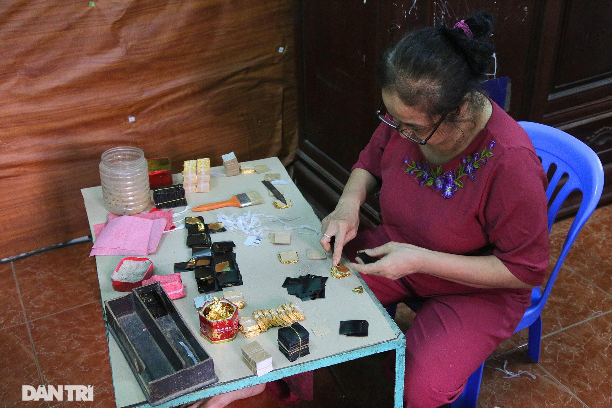 Nghề 300 năm đập vàng mỏng hơn giấy ở Hà Nội được công nhận là Di sản QG - 6