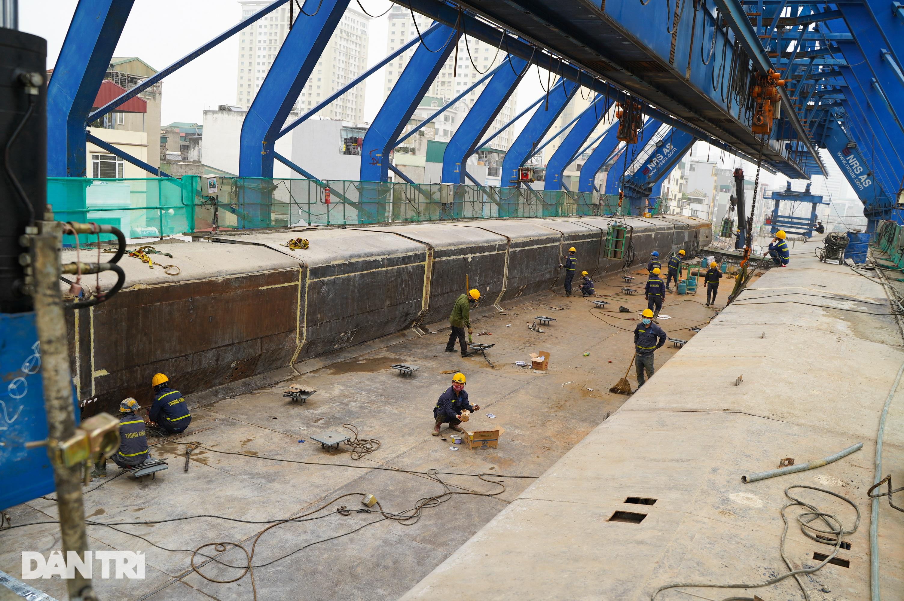 Cận cảnh đại công trường xây dựng đường vành đai 2 gần 10.000 tỷ đồng - 3