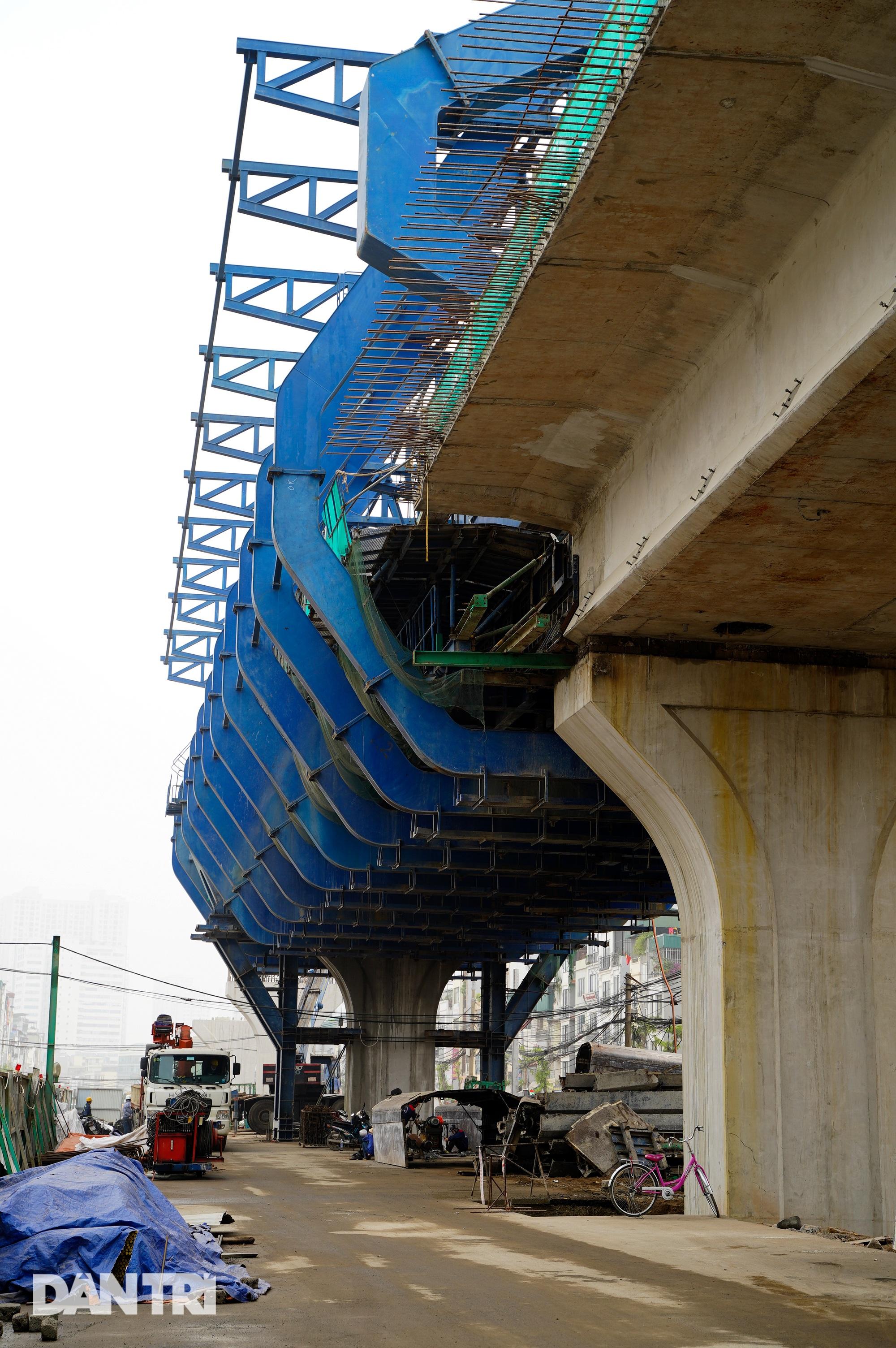 Cận cảnh đại công trường xây dựng đường vành đai 2 gần 10.000 tỷ đồng - 9
