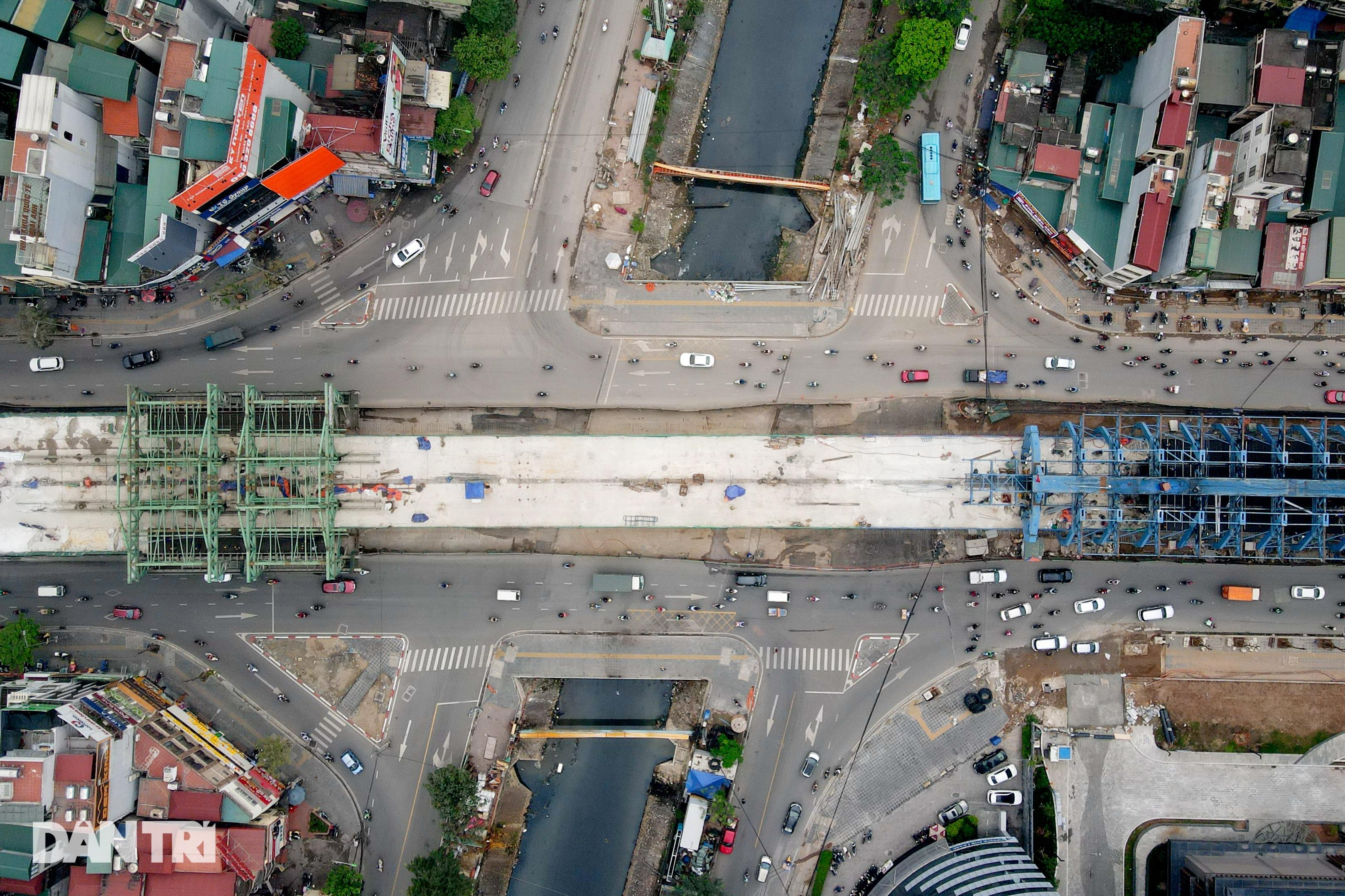 Cận cảnh đại công trường xây dựng đường vành đai 2 gần 10.000 tỷ đồng - 2