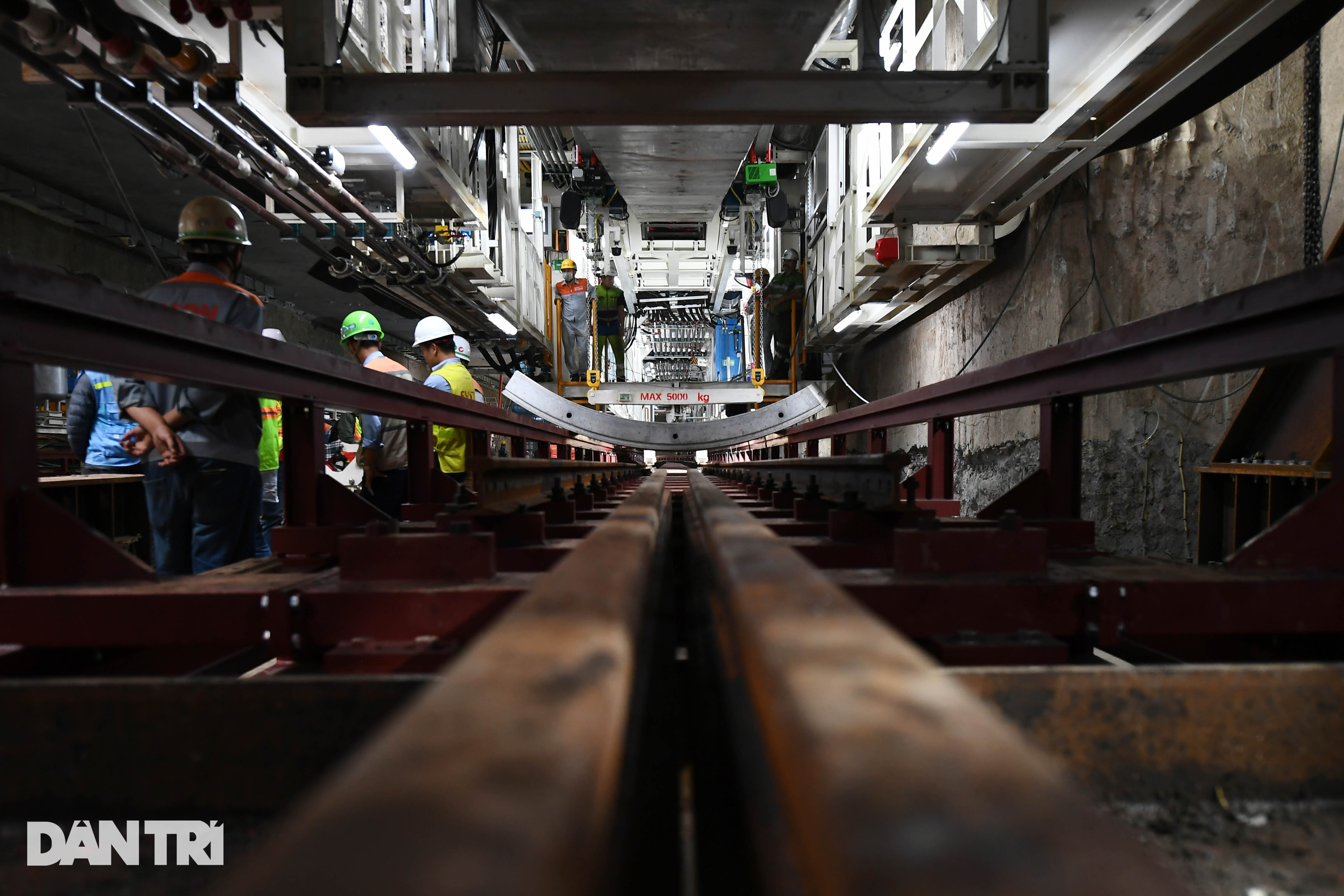 Quái vật 850 tấn đào hầm đường sắt Nhổn - ga Hà Nội lần đầu chạy thử - 5
