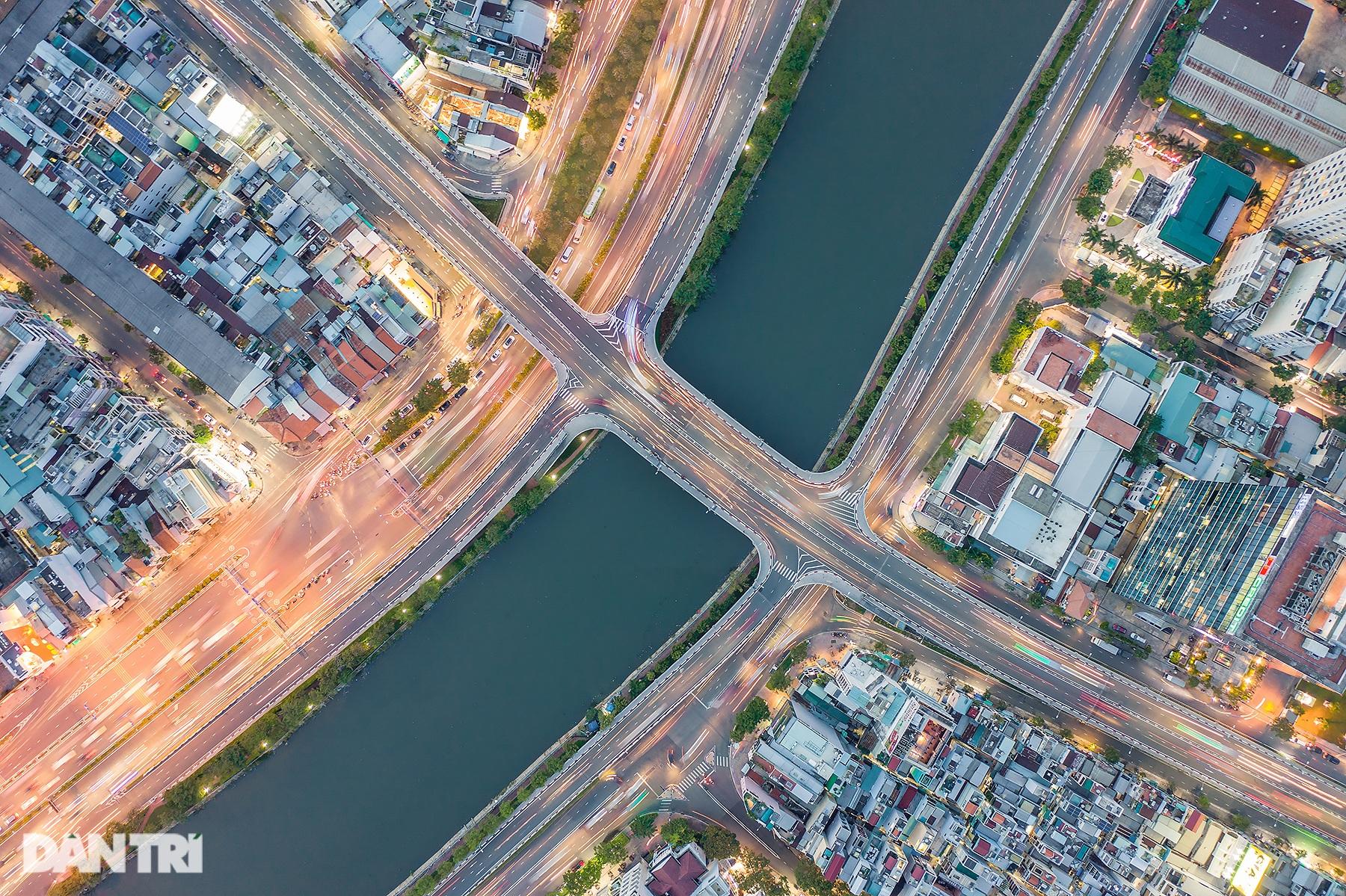 Thành phố Hồ Chí Minh - Vẻ đẹp của một Siêu đô thị hiện đại - 14