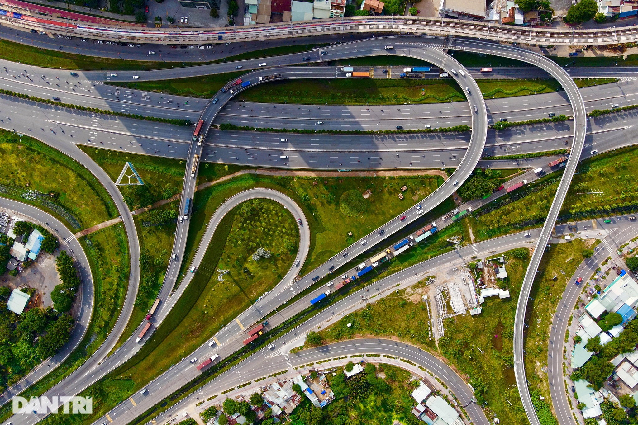 Thành phố Hồ Chí Minh - Vẻ đẹp của một Siêu đô thị hiện đại - 10