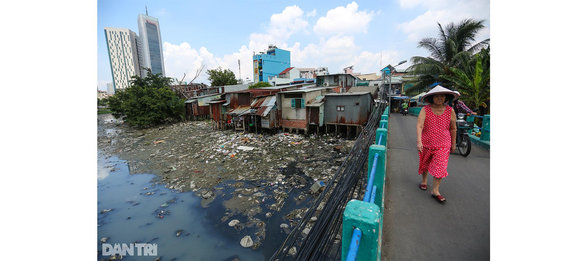 Mong ước nối 2 thế kỷ của dân sống ven con rạch khủng khiếp nhất Sài Gòn - 6