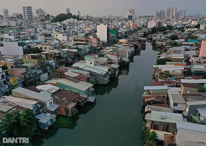 Mong ước nối 2 thế kỷ của dân sống ven con rạch khủng khiếp nhất Sài Gòn - 18