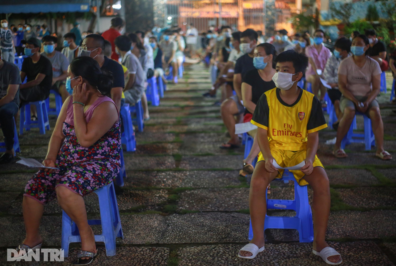 TPHCM: Trắng đêm xét nghiệm 50.000 người Gò Vấp tìm chuỗi lây ở hội thánh - 7