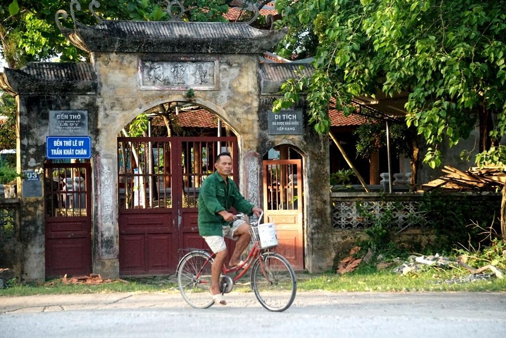 Nét bình dị nơi một trong 10 làng cổ đẹp nhất Việt Nam - 11