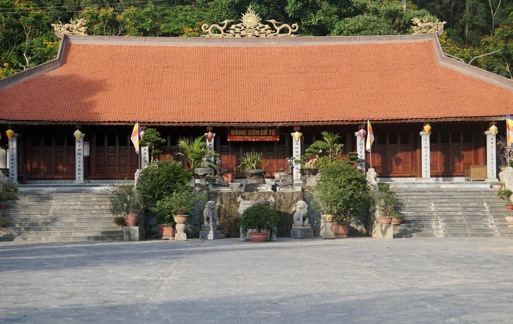 Nét bình dị nơi một trong 10 làng cổ đẹp nhất Việt Nam - 9