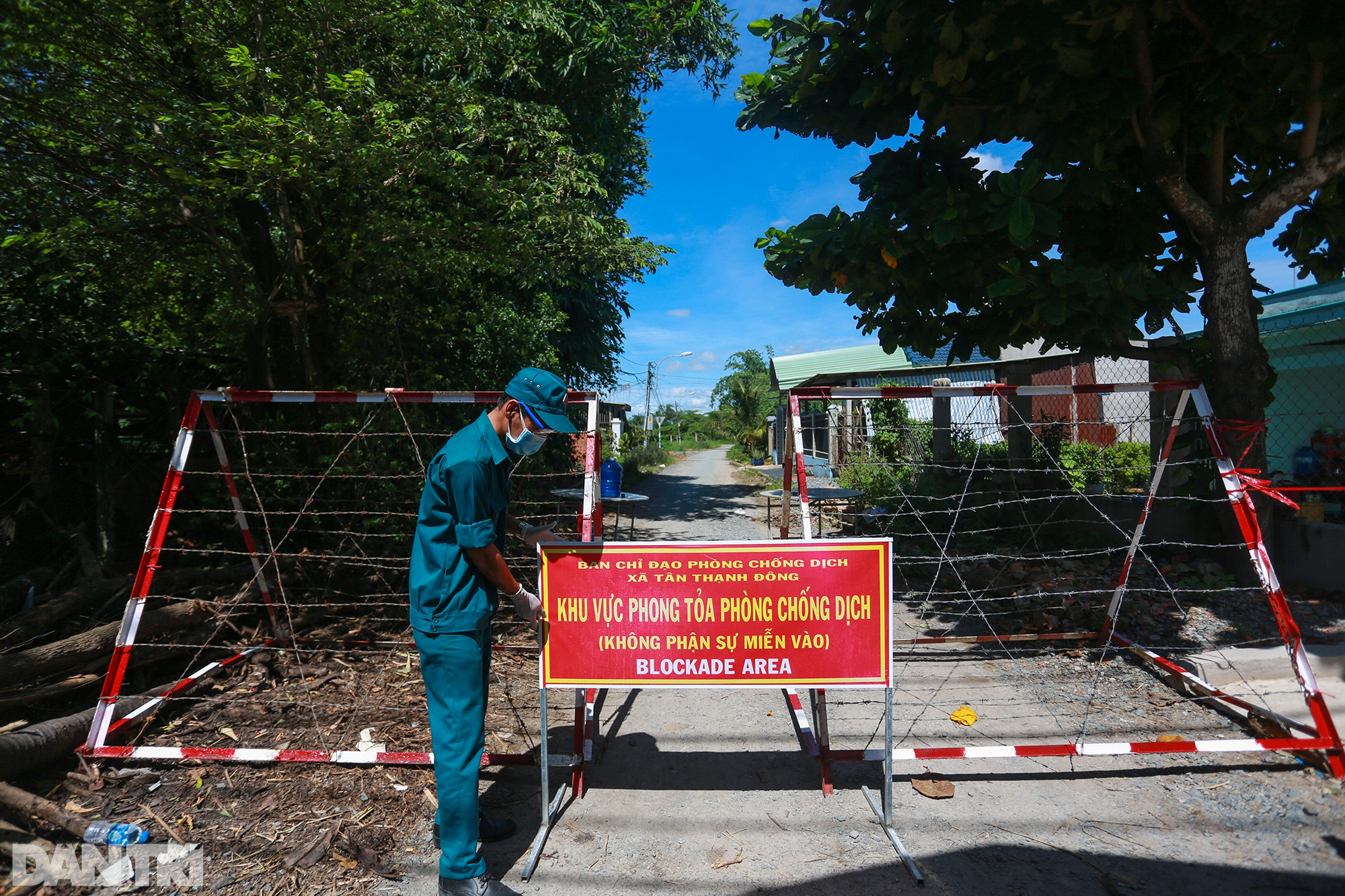 Phong tỏa ổ dịch có 16 ca nhiễm SARS-CoV-2 trong khu hơn 1.000 dân ở Củ Chi - 1