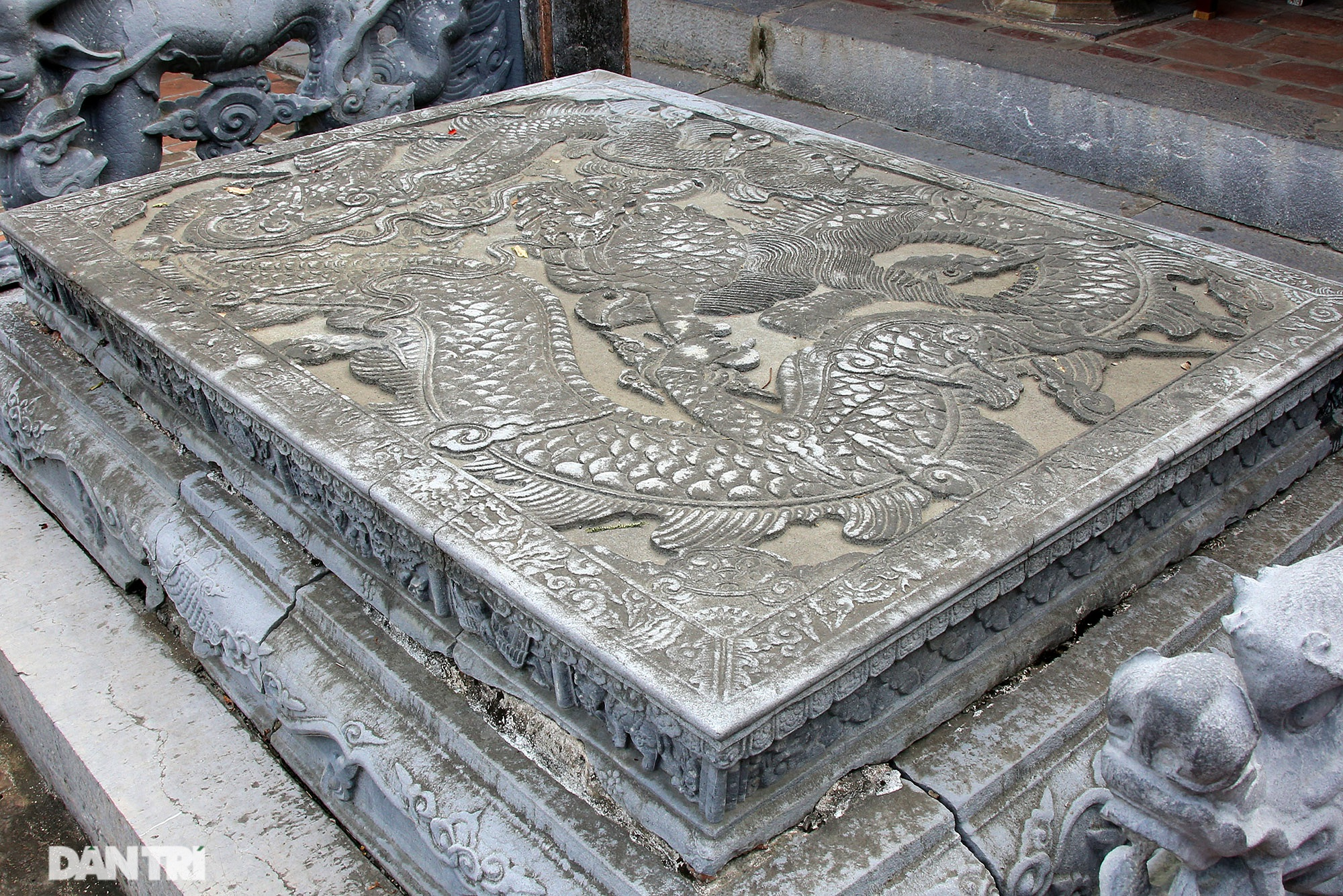 The only stone sieve in Vietnam carved with the image of a buffalo, a mouse compared with a dragon - 7