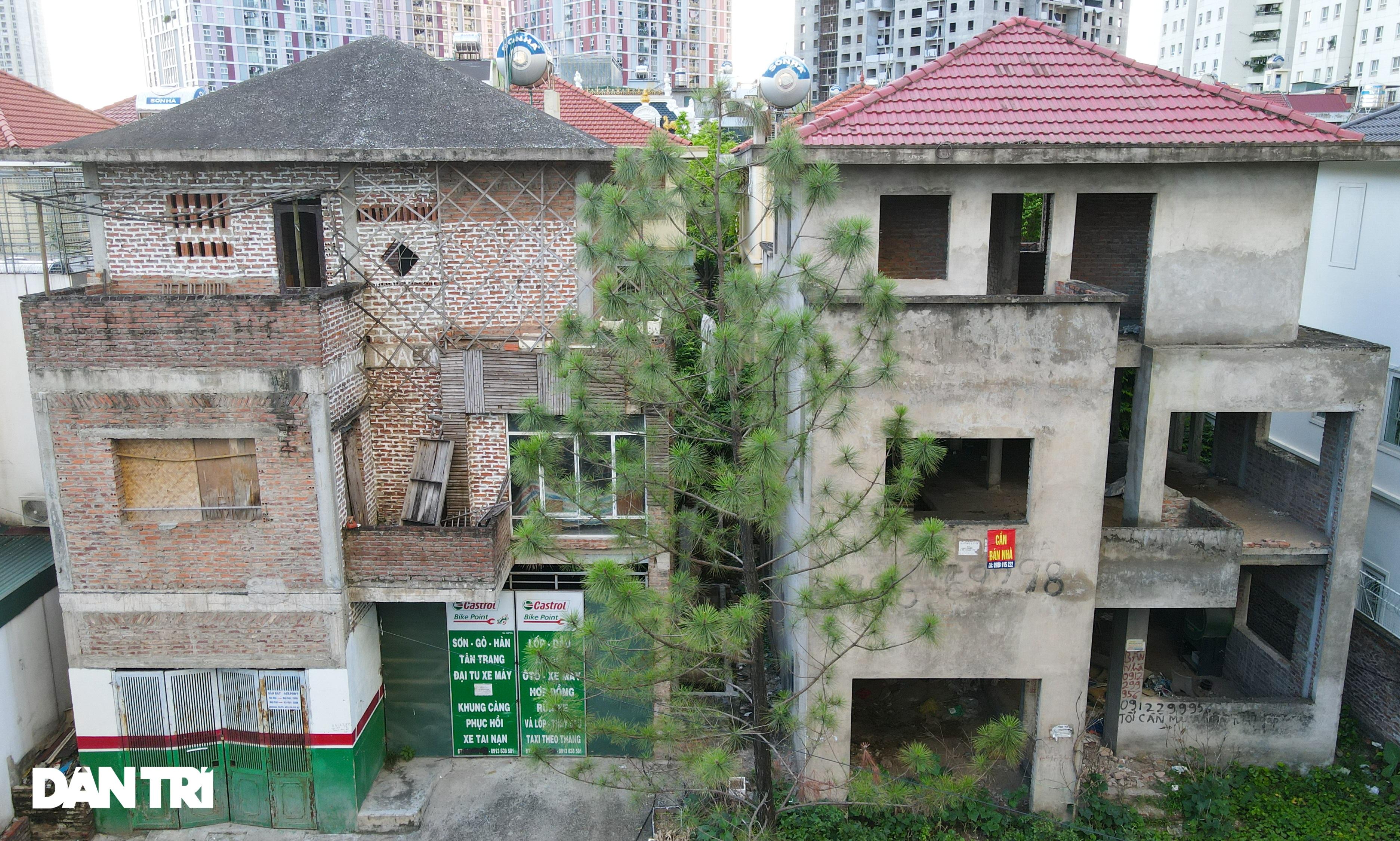 Khung cảnh hoang lạnh trong các biệt thự bỏ hoang giữa lòng Hà Nội - 9