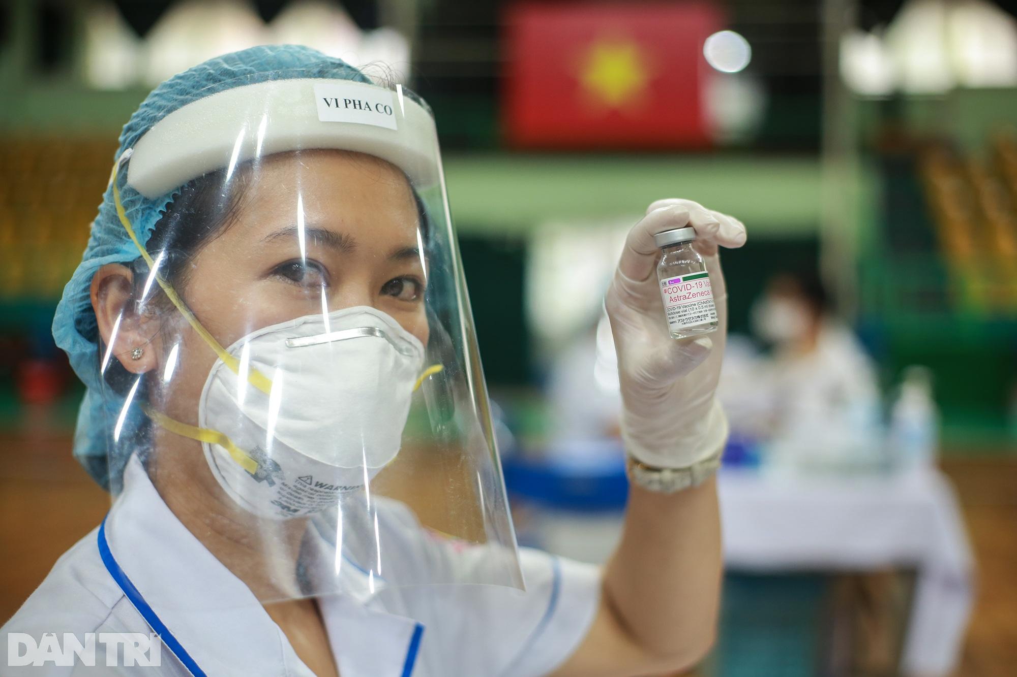 TPHCM dùng trường học, nhà thi đấu để tiêm vắc xin Covid-19 cho 1 triệu dân - 2