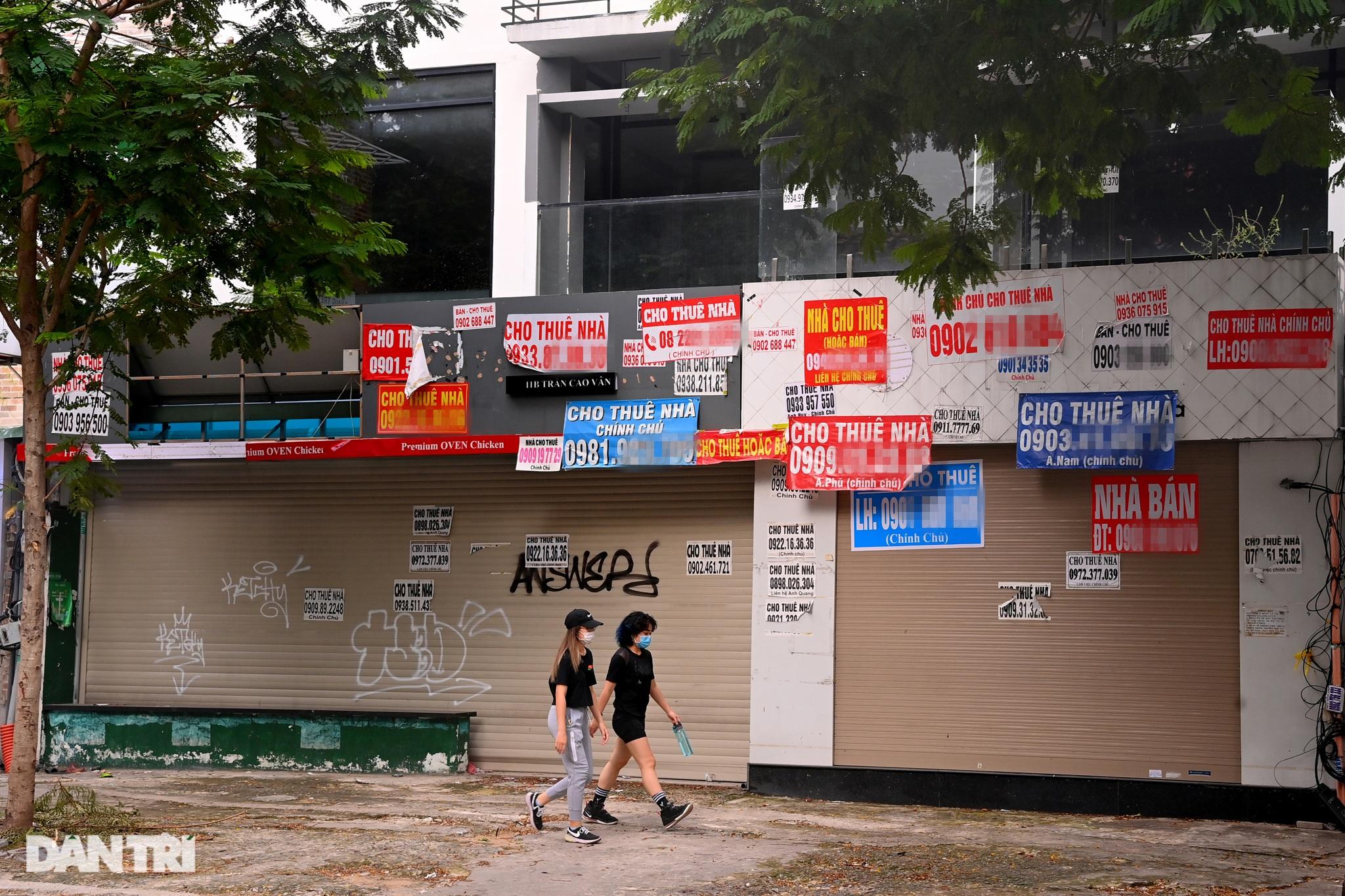 Tràn ngập biển cho thuê, bán nhà trên các tuyến phố trung tâm Sài Gòn - 15