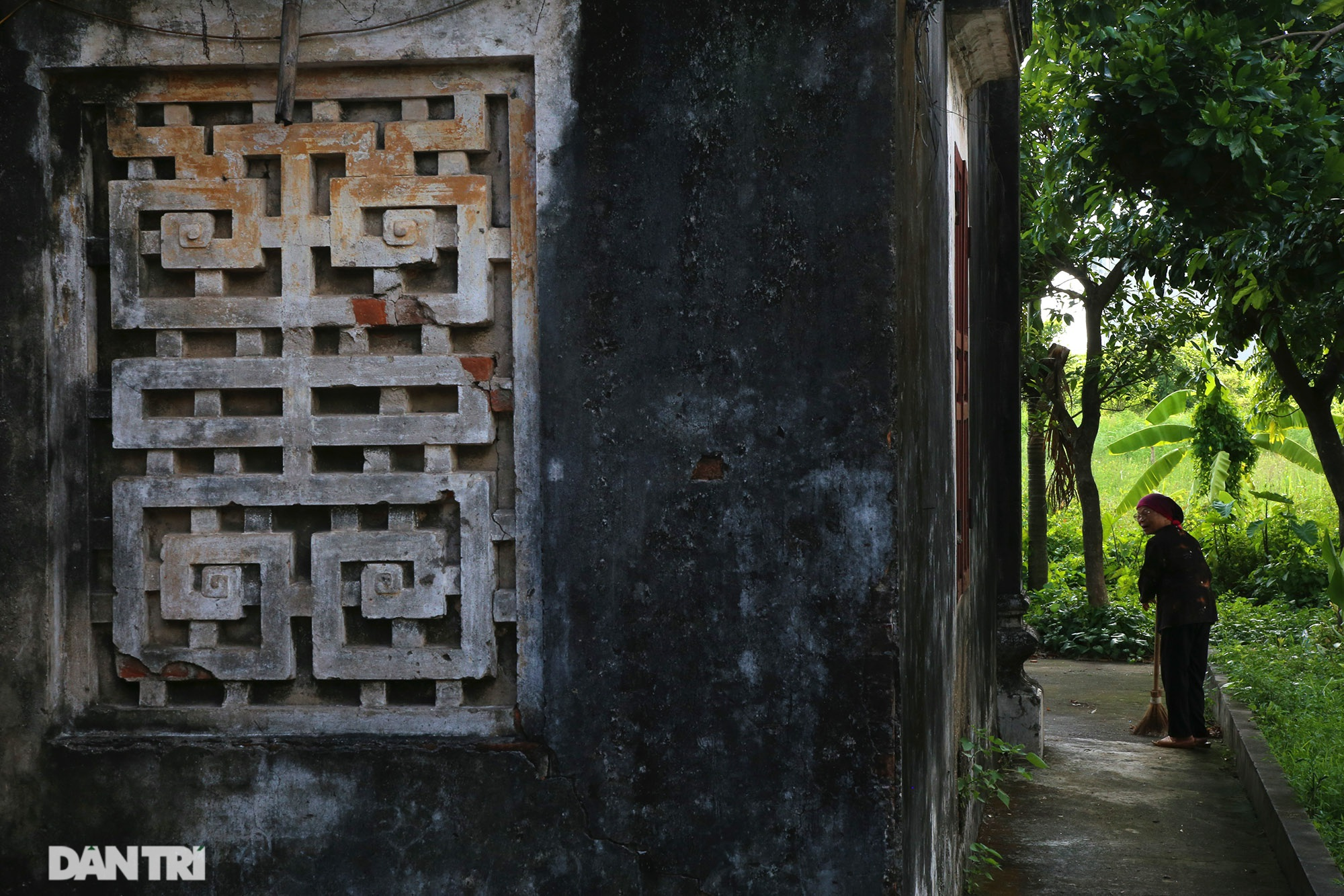 The famous and rich thousand-year-old ancient village is now a rare treasure in Hanoi - 13