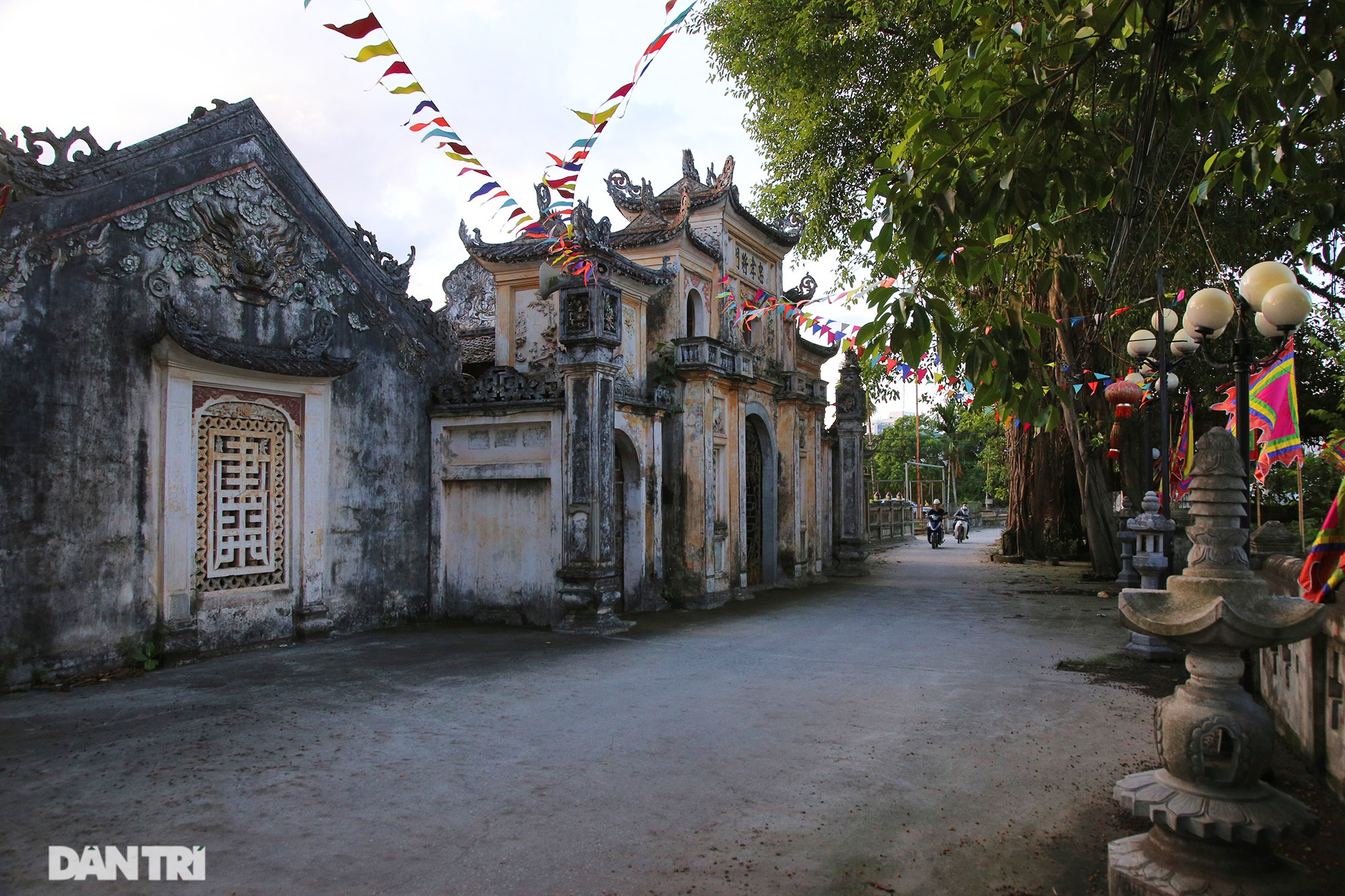 The famous and rich thousand-year-old village is now a rare treasure in Hanoi - 6