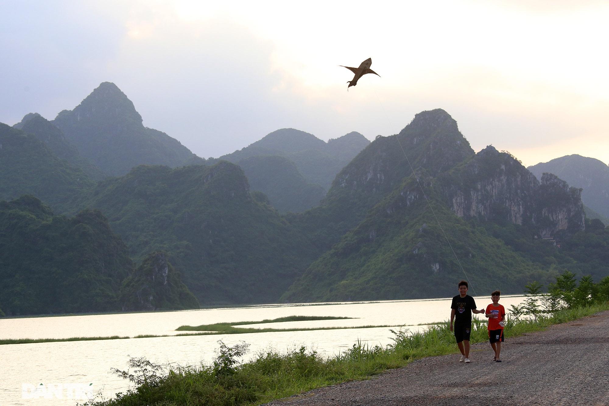 Bình yên những chiều quê ở ngoại thành Hà Nội - 8