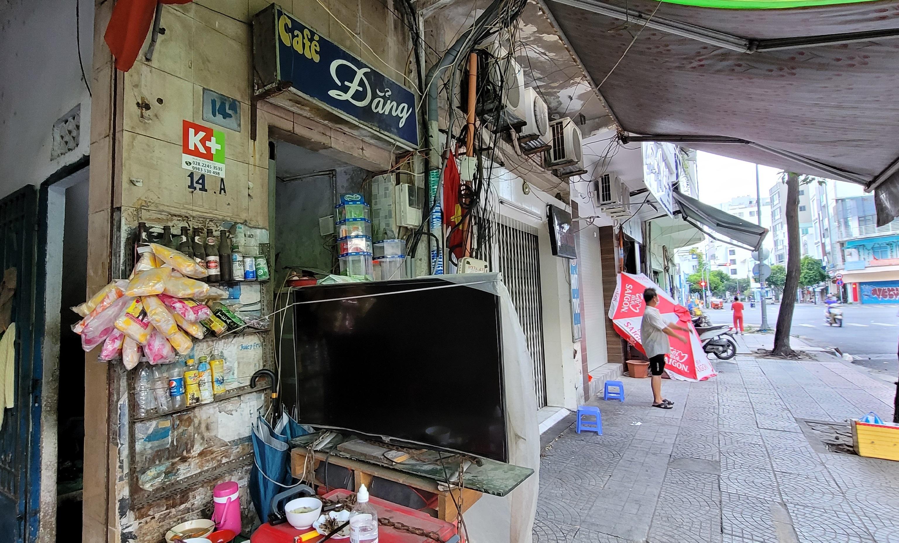 Sài Gòn tĩnh lặng thêm một tuần  vì con virus quái ác - 2