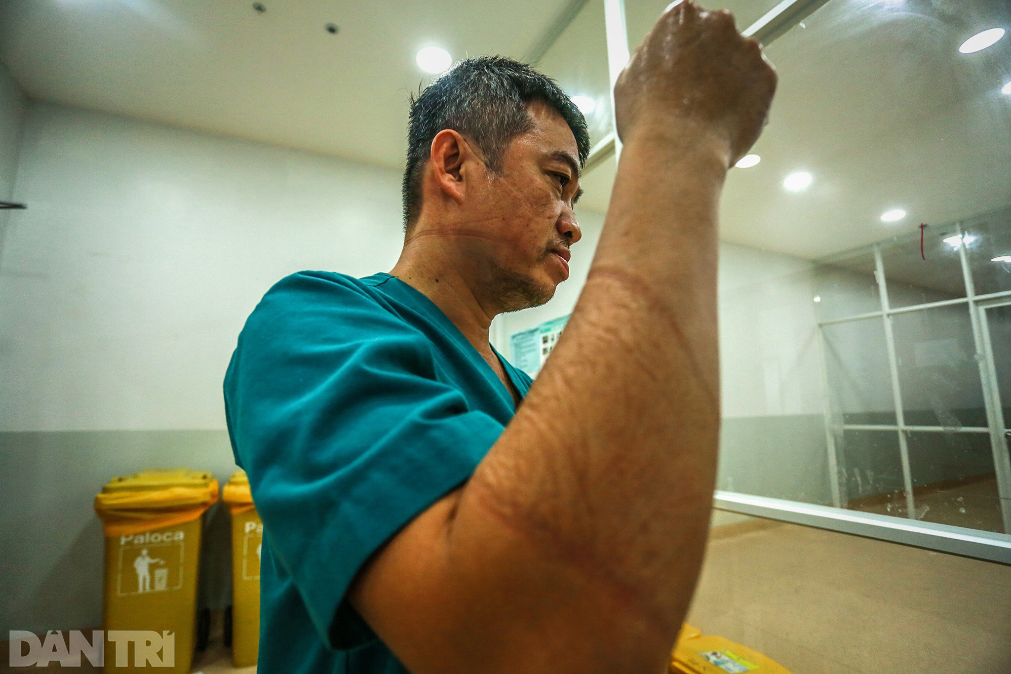 Sài Gòn tĩnh lặng thêm một tuần  vì con virus quái ác - 5