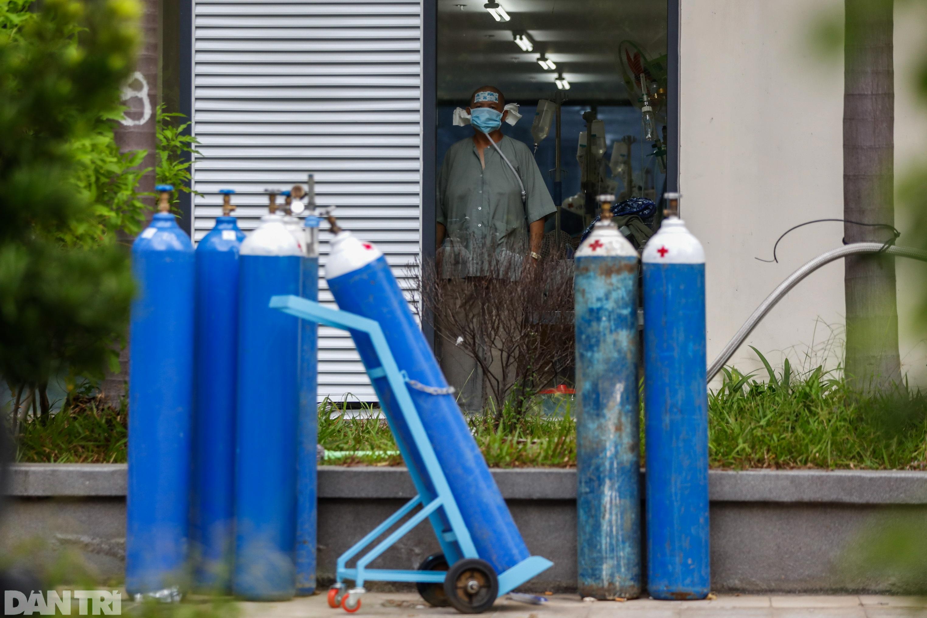 Bác sĩ sáng chế bình oxy đặc biệt giúp hàng trăm F0 vượt cửa tử - 16