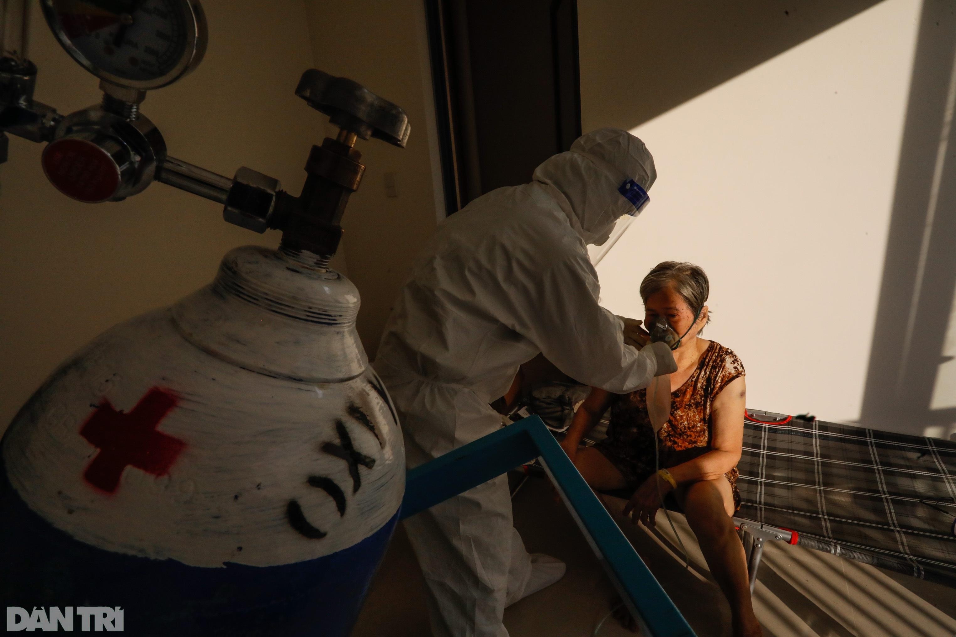 Bác sĩ sáng chế bình oxy đặc biệt giúp hàng trăm F0 vượt cửa tử - 14