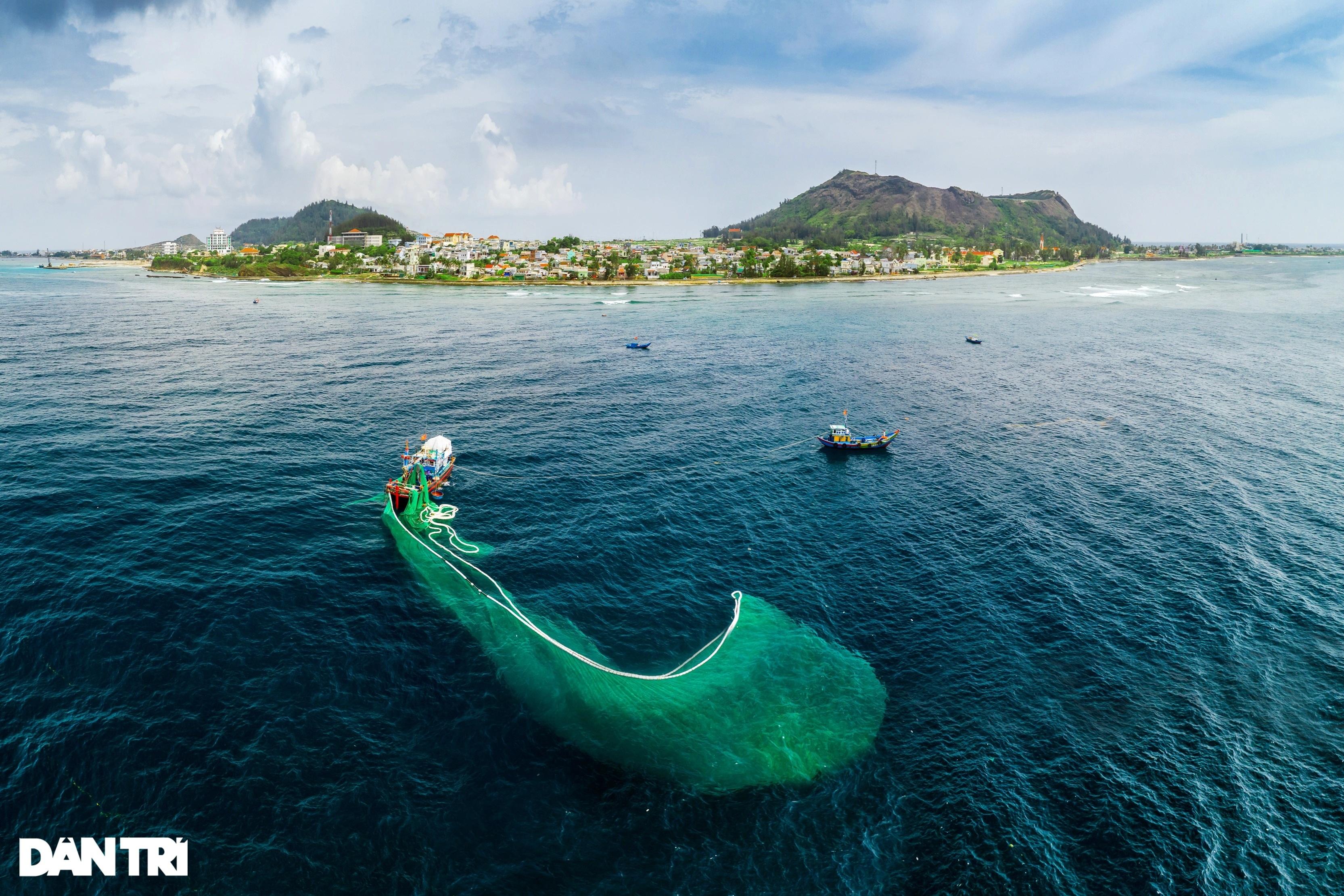 Núi lửa triệu năm tuổi và những cảnh đẹp hút hồn du khách ở đảo Lý Sơn - 11