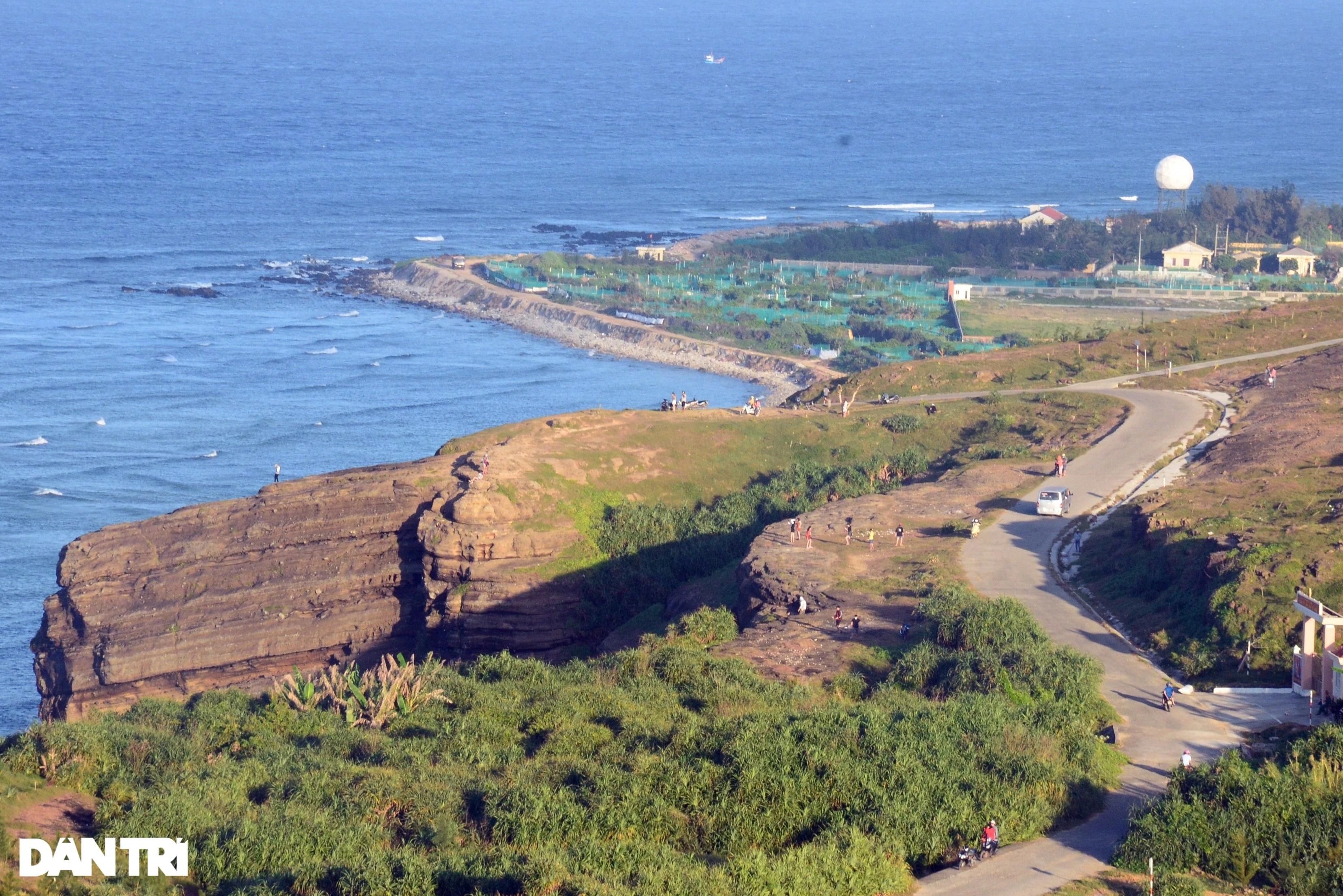 Núi lửa triệu năm tuổi và những cảnh đẹp hút hồn du khách ở đảo Lý Sơn - 4