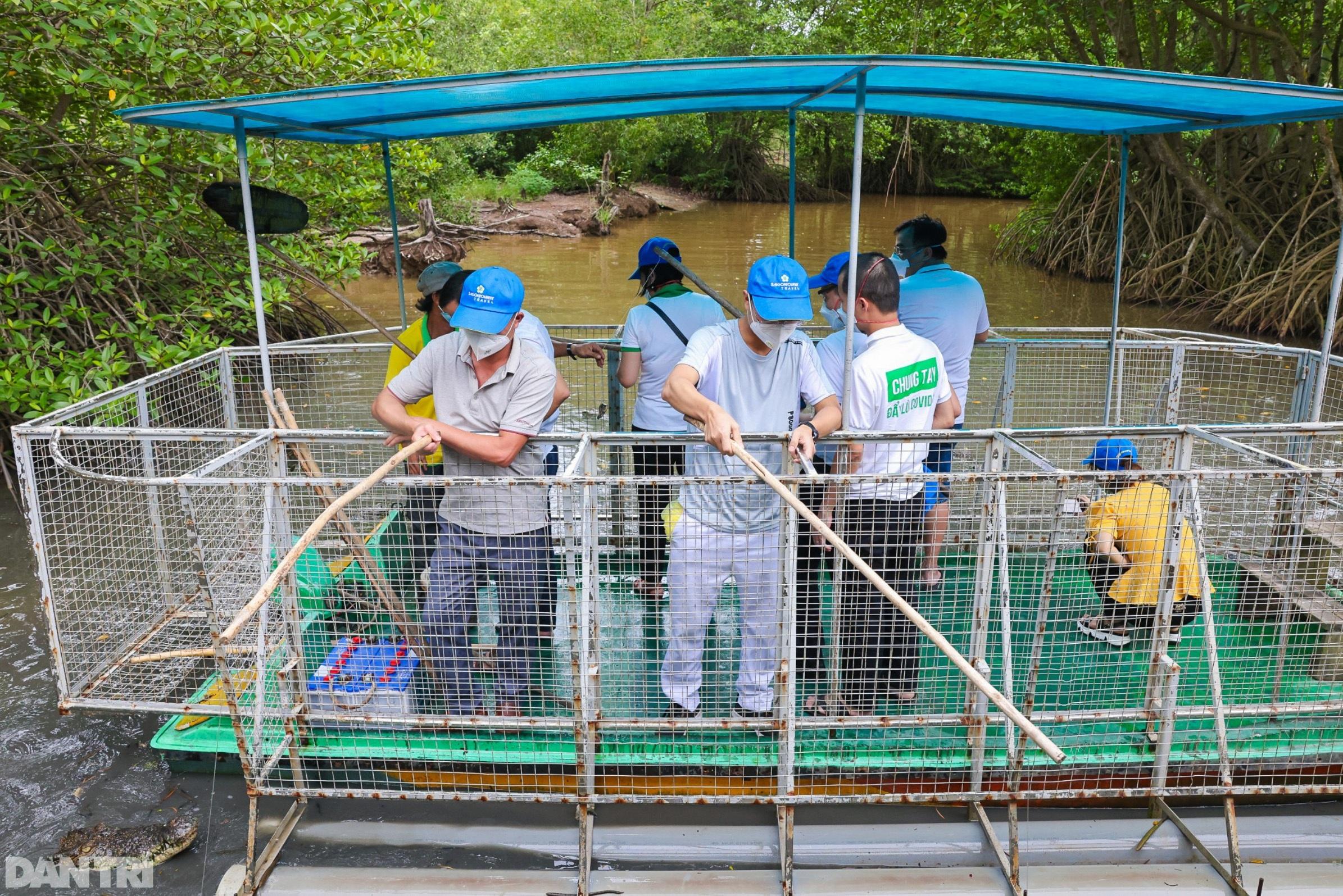 Cần Giờ, Củ Chi mở cửa du lịch, đón y bác sĩ chống dịch ở TPHCM tham quan - 7