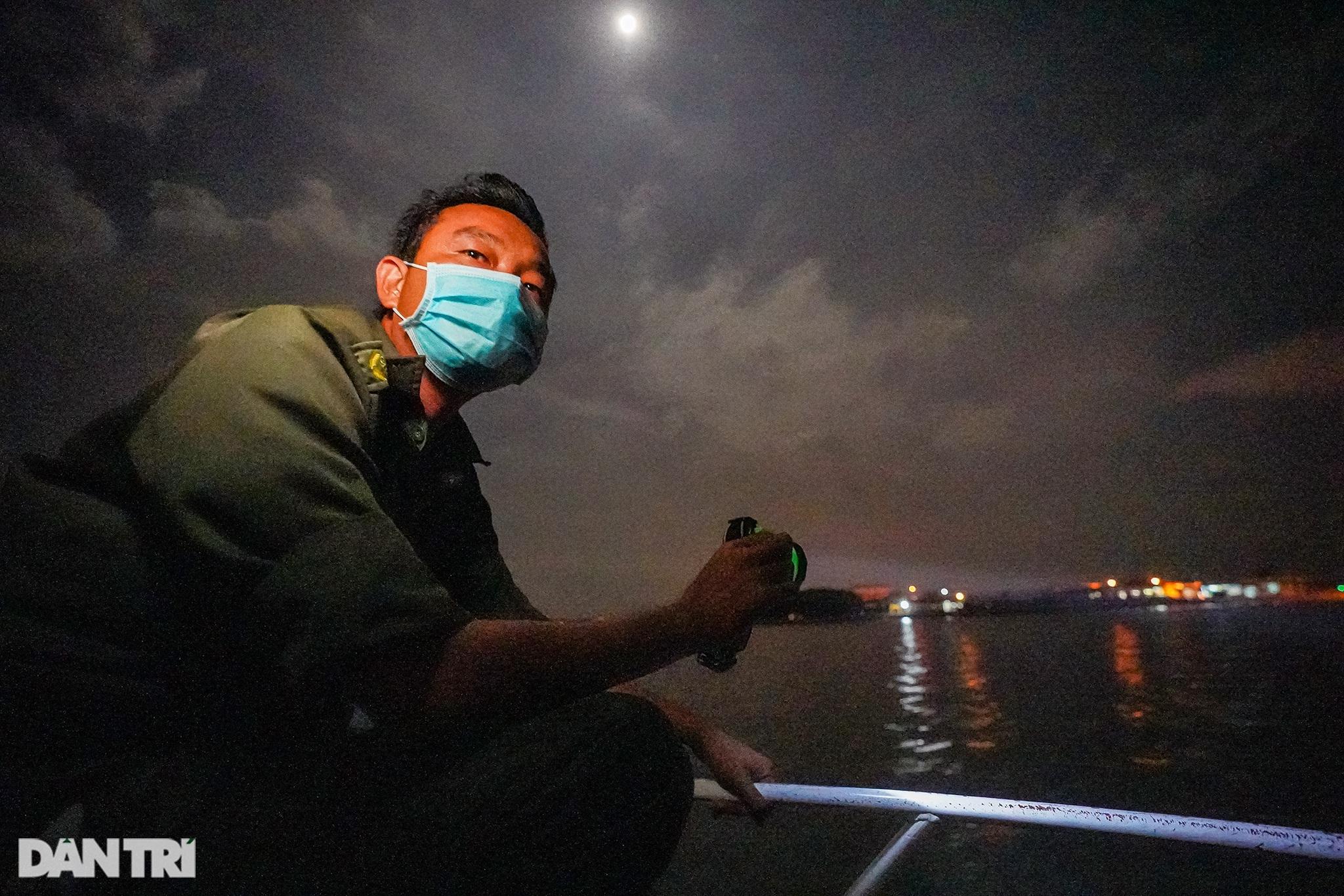 Trắng đêm bảo vệ vùng xanh trên biển tại xã đảo duy nhất ở TPHCM - 2