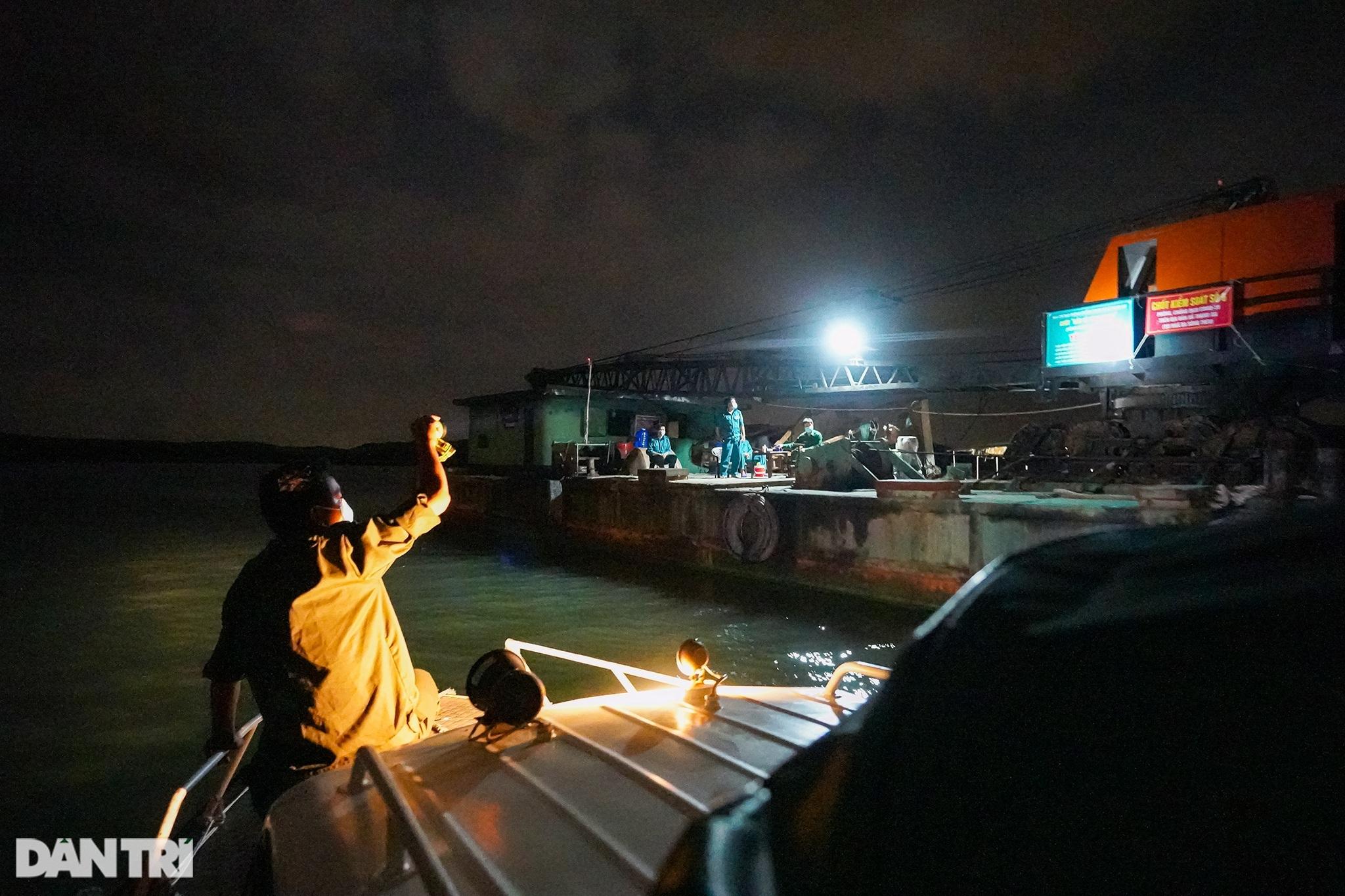 Trắng đêm bảo vệ vùng xanh trên biển tại xã đảo duy nhất ở TPHCM - 1