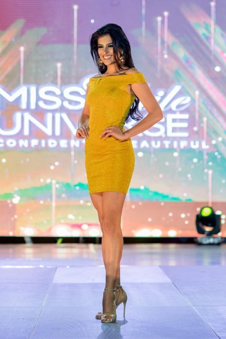 Hết thi Hoa hậu Thế giới, Trái đất, người đẹp Chile lại thi Hoa hậu Hoàn vũ - 2