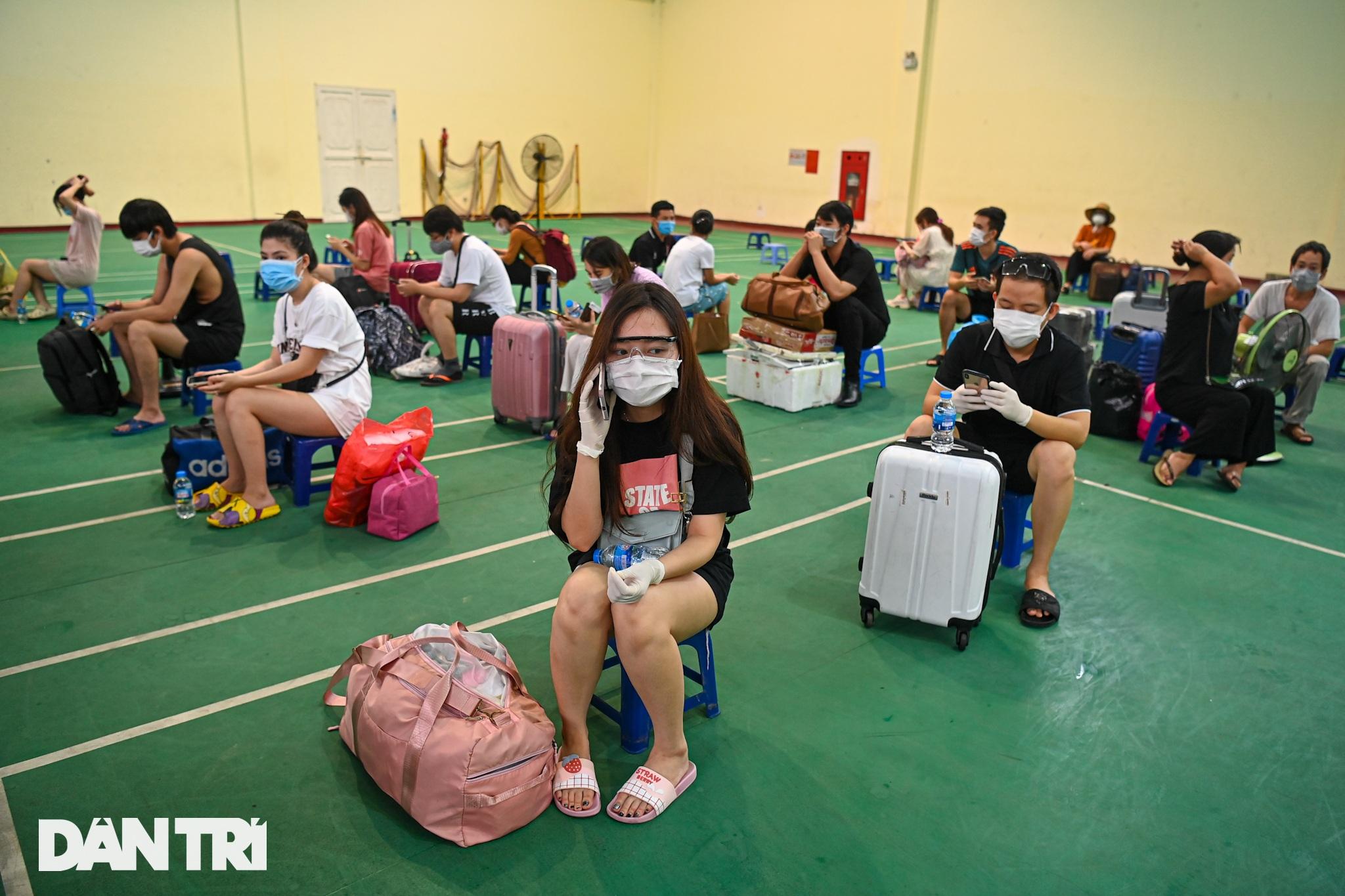 Đón 85 công dân phường Thanh Xuân Trung trở về nhà sau hơn 20 ngày cách ly - 7