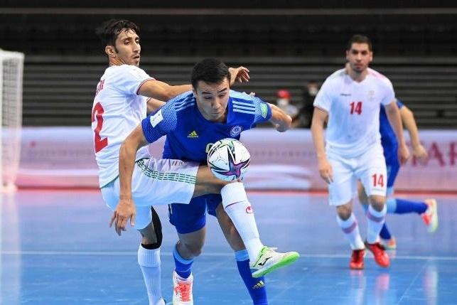 Thắng kịch tính Iran, Kazakhstan vào bán kết World Cup futsal - 3