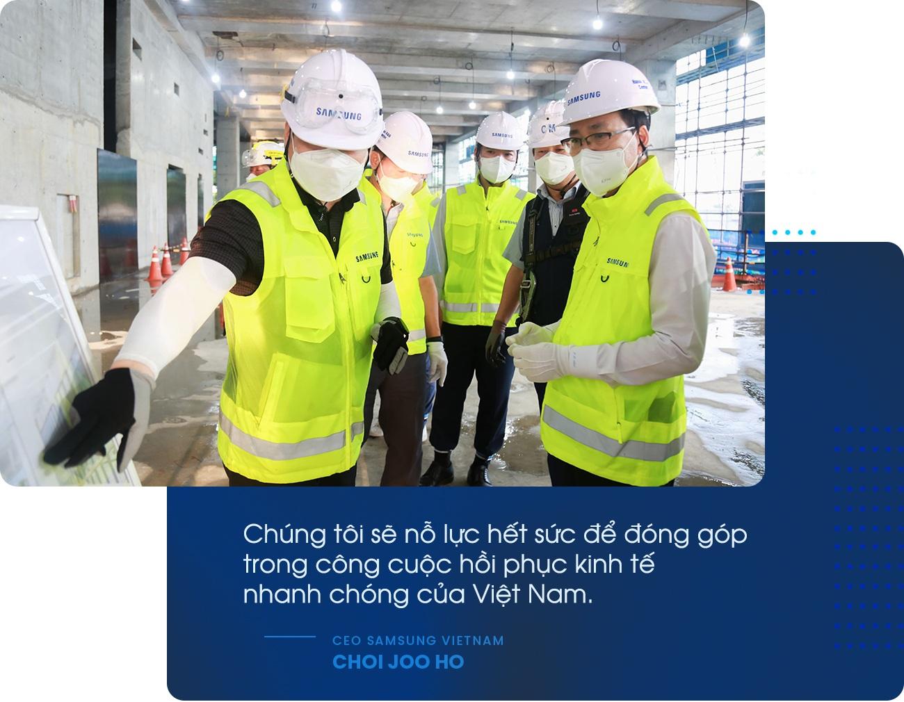CEO Samsung Việt Nam hé lộ về dự án 220 triệu USD và lời hứa cứ điểm - 2