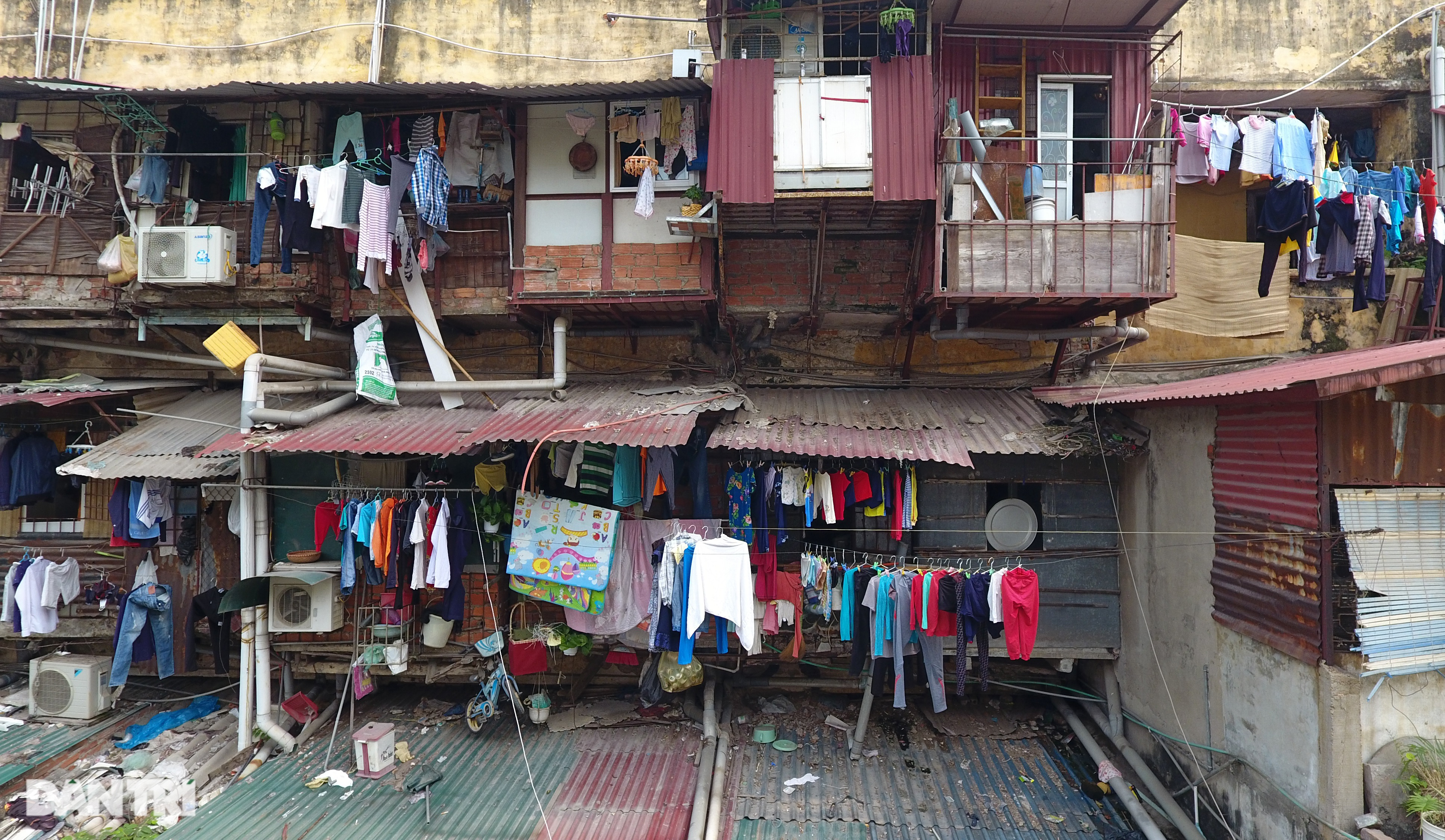 Hà Nội kiểm định hàng trăm chung cư cũ, có 8 nơi phải phá dỡ vì nguy hiểm