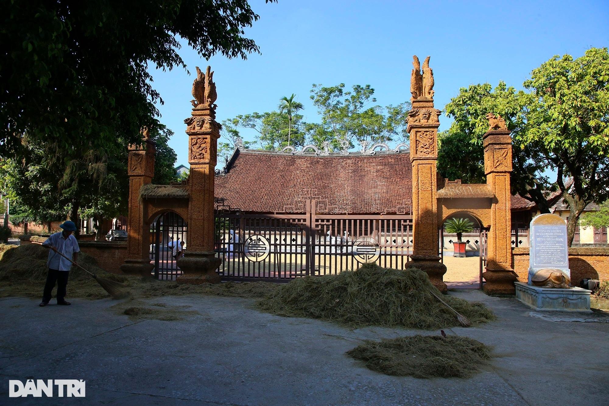 Vũ điệu rồng bên trong ngôi đình cổ ở Hà Nội - 1