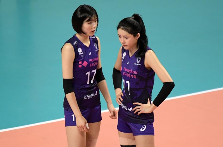 Hai chị em xinh đẹp bóng chuyền nữ Hàn Quốc được giải cứu ra sao? - 2