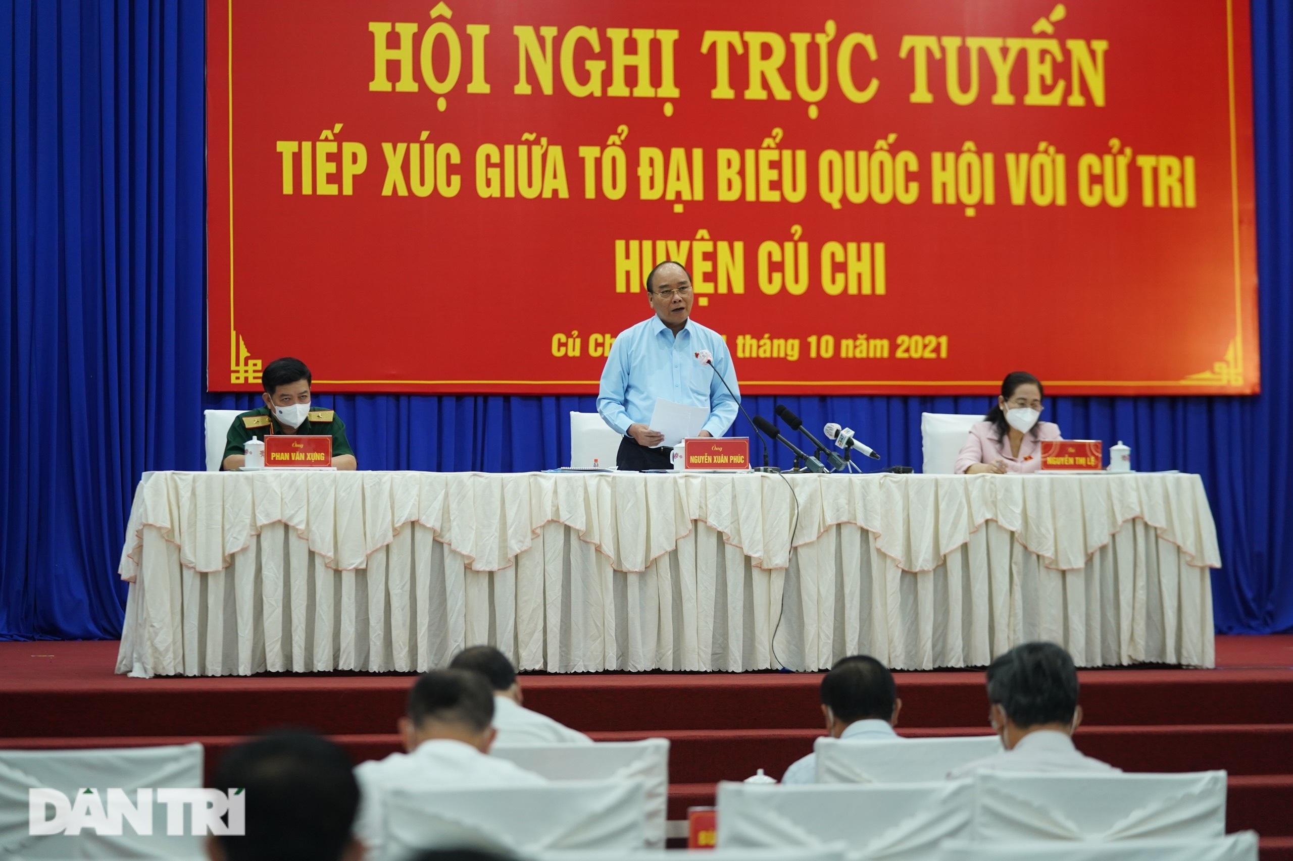 Chủ tịch nước: Nhiệm vụ quan trọng của TPHCM là níu chân người lao động - 1