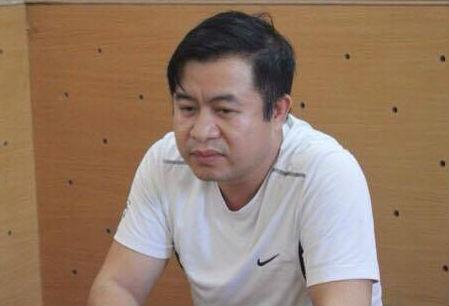 Đặng Đình Hồng - Giám đốc Phòng giao dịch Đô Lương, thuộc Ngân hàng Eximbank chi nhánh Nghệ An (ảnh PC46 cung cấp).