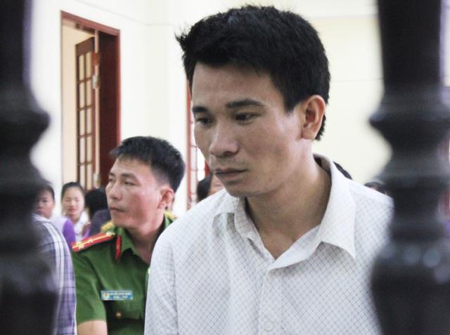 Bị cáo Cao Văn Phong tại phiên tòa.