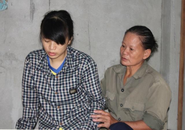 Chị Hoa đã mua thẻ cào điện thoại cho đối tượng tự nhận là người của Dân trí.