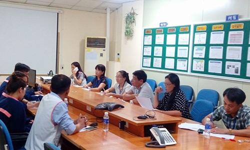 Liên đoàn lao động tỉnh Nghệ An giám sát việc thực hiện pháp luật lao động nữ tại Công ty TNHH Em-tech.