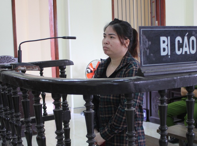 Bị cáo Lương Thị Hằng tại phiên tòa.